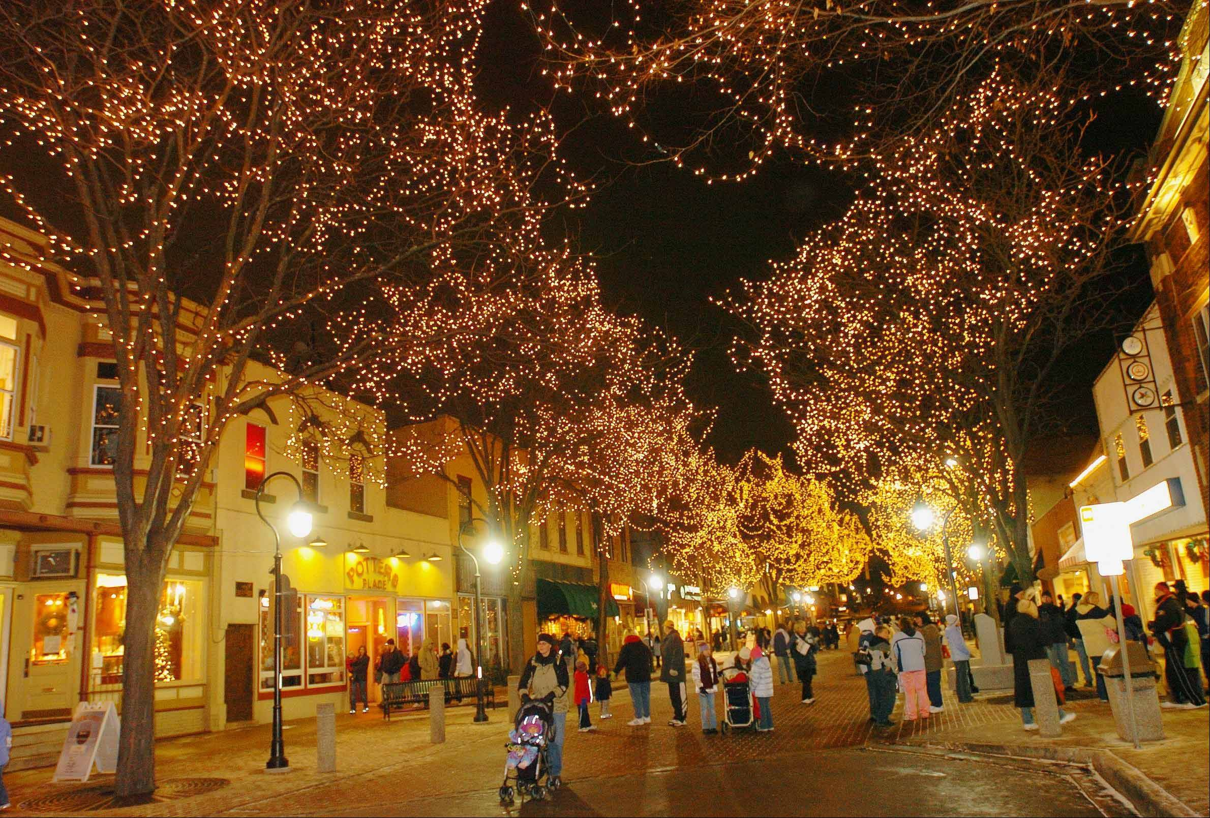 Downtown Naperville lighting up early for marathon, holidays