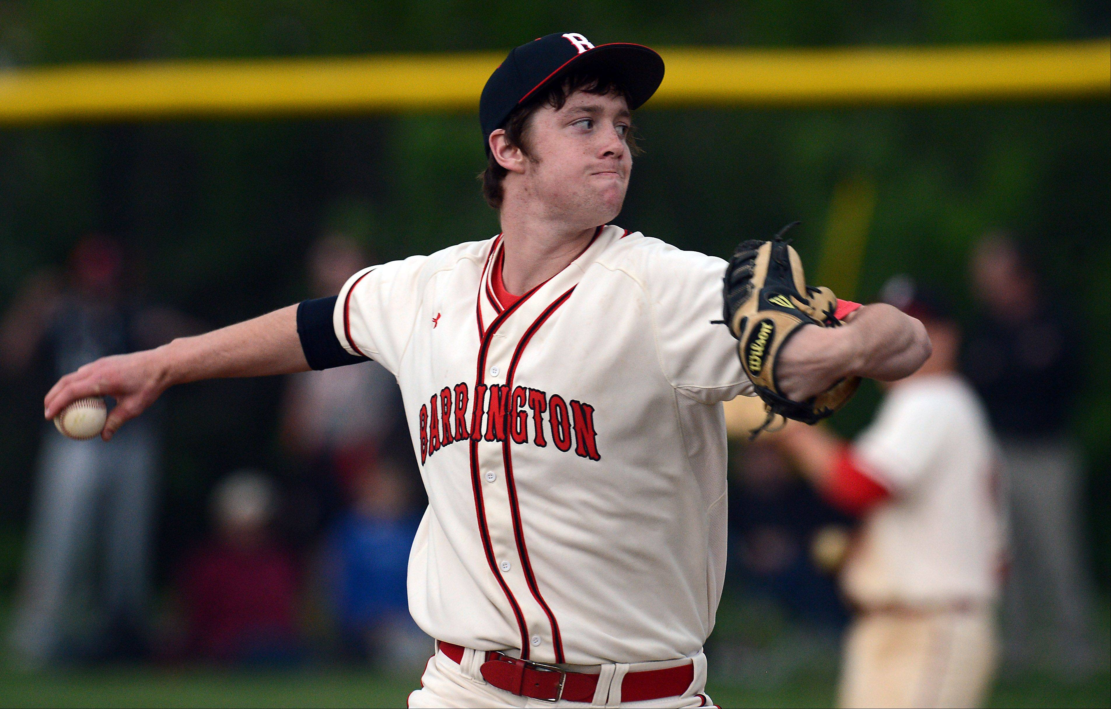 Barrington's Wyatt Trautwein delivers last spring in the Mid-Suburban League title game against Rolling Meadows.