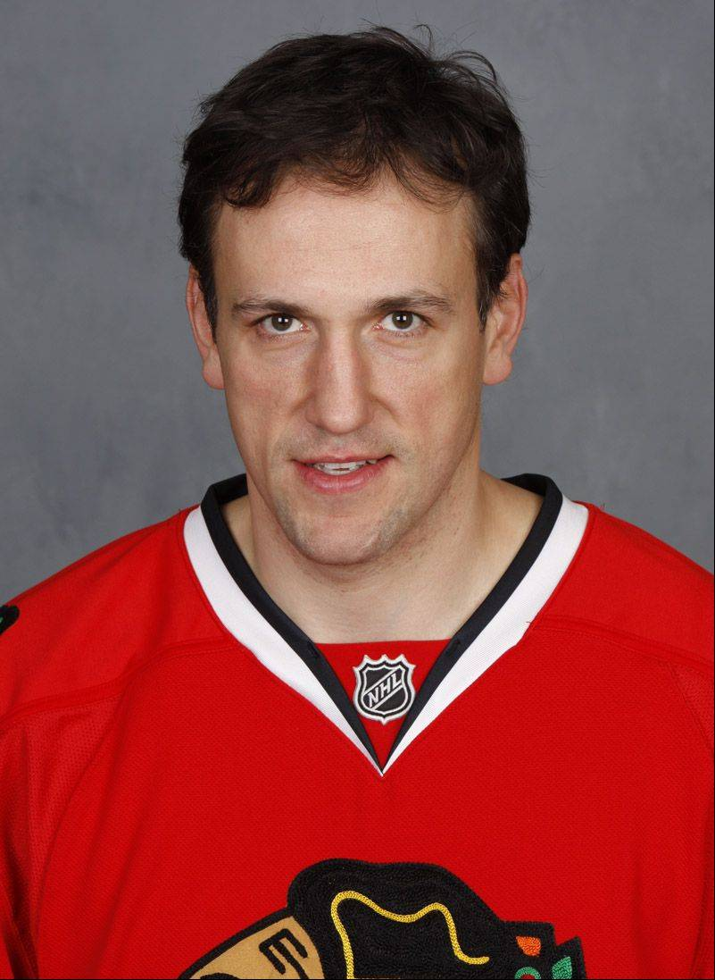 Yanic Perreault, shown here when he was a Blackhawk during the 2007-08 season, won 60.9 percent of his faceoffs during a 13-year NHL career.