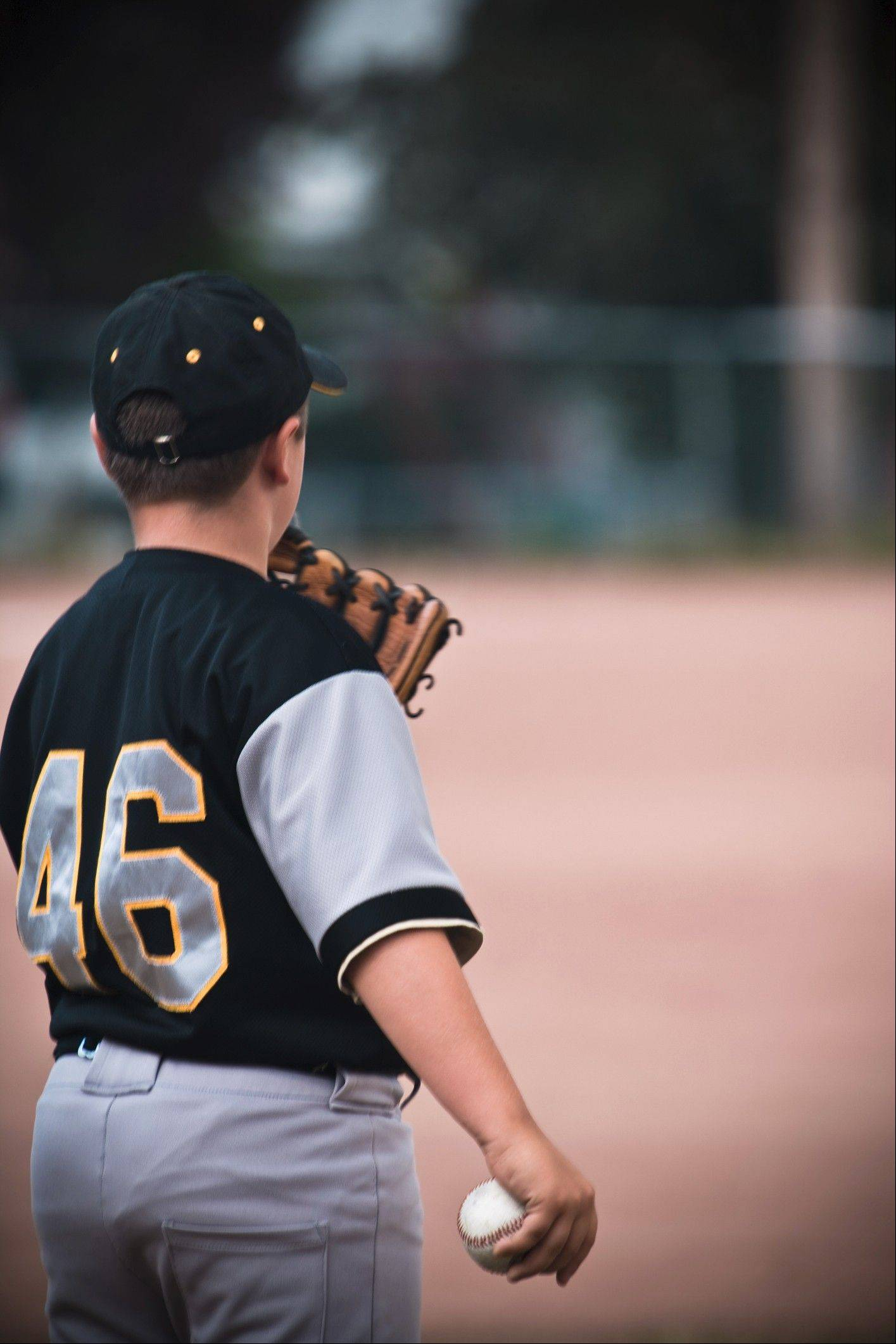 There has been a fivefold increase since 2000 in the number of serious elbow and shoulder injuries among youth baseball and softball players, according to the American Orthopaedic Society for Sports Medicine.