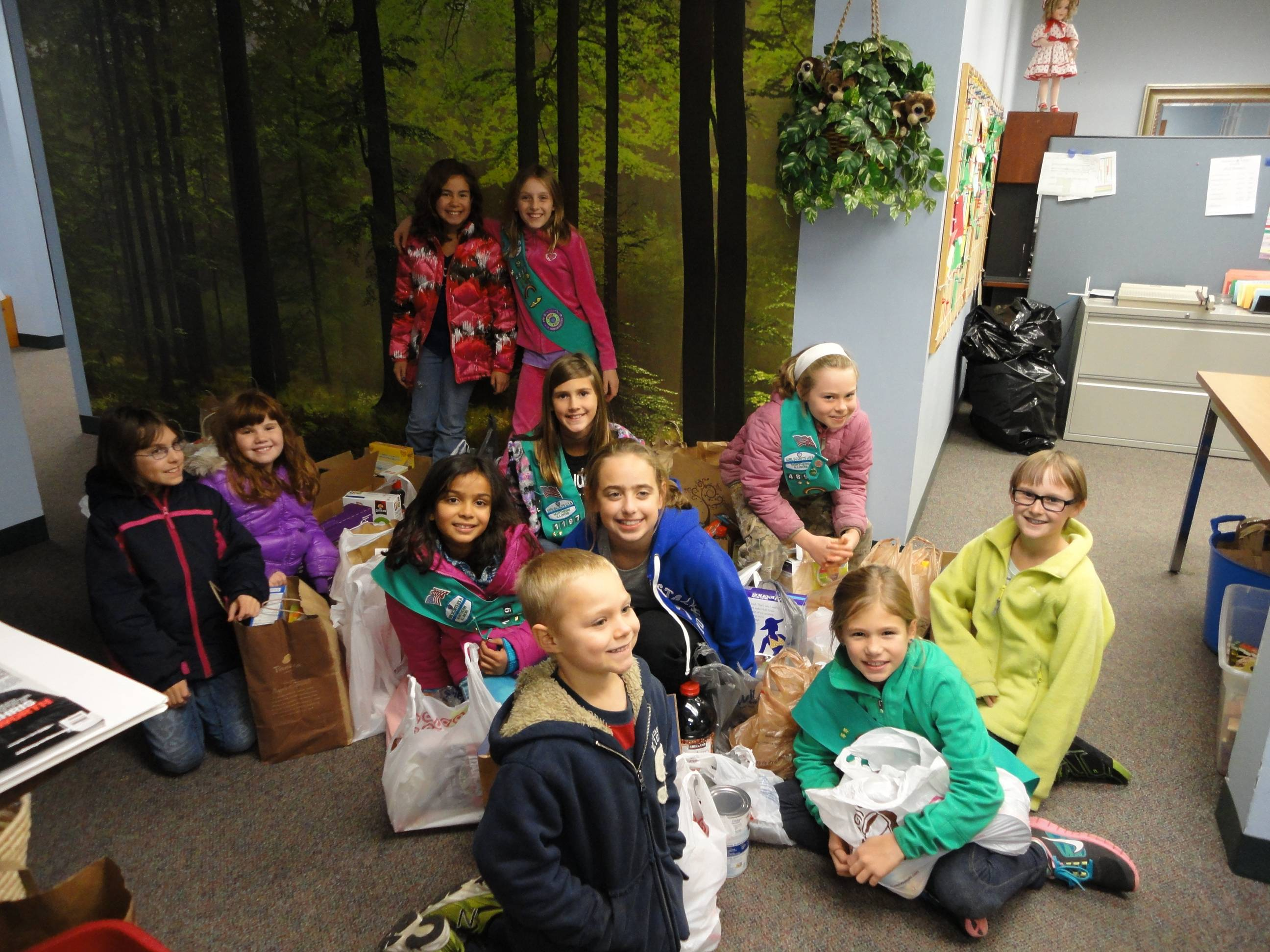 The girl scouts and the food they collected