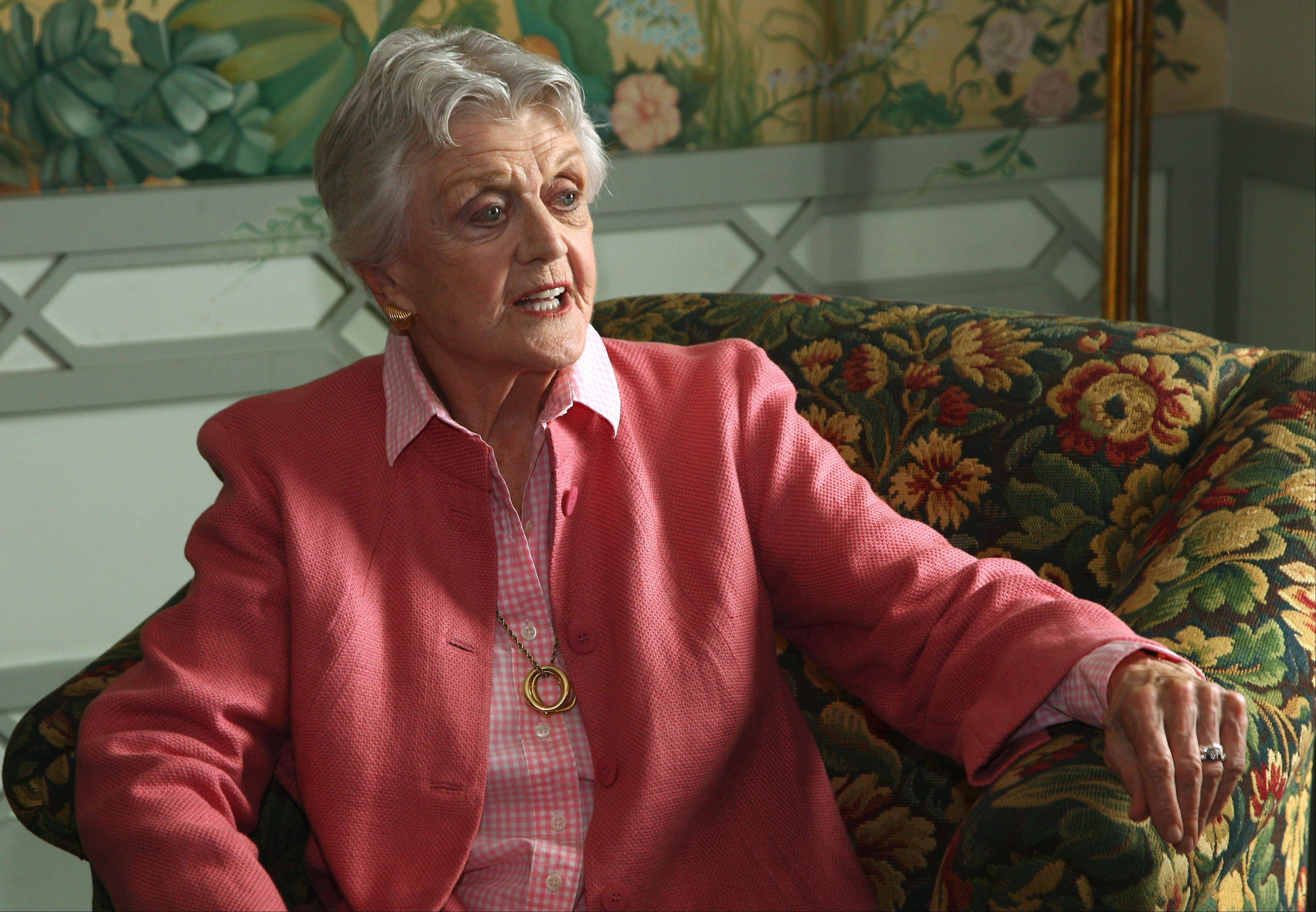 "Angela Lansbury says ""it's a mistake"" for NBC to call a new show ""Murder, She Wrote."""