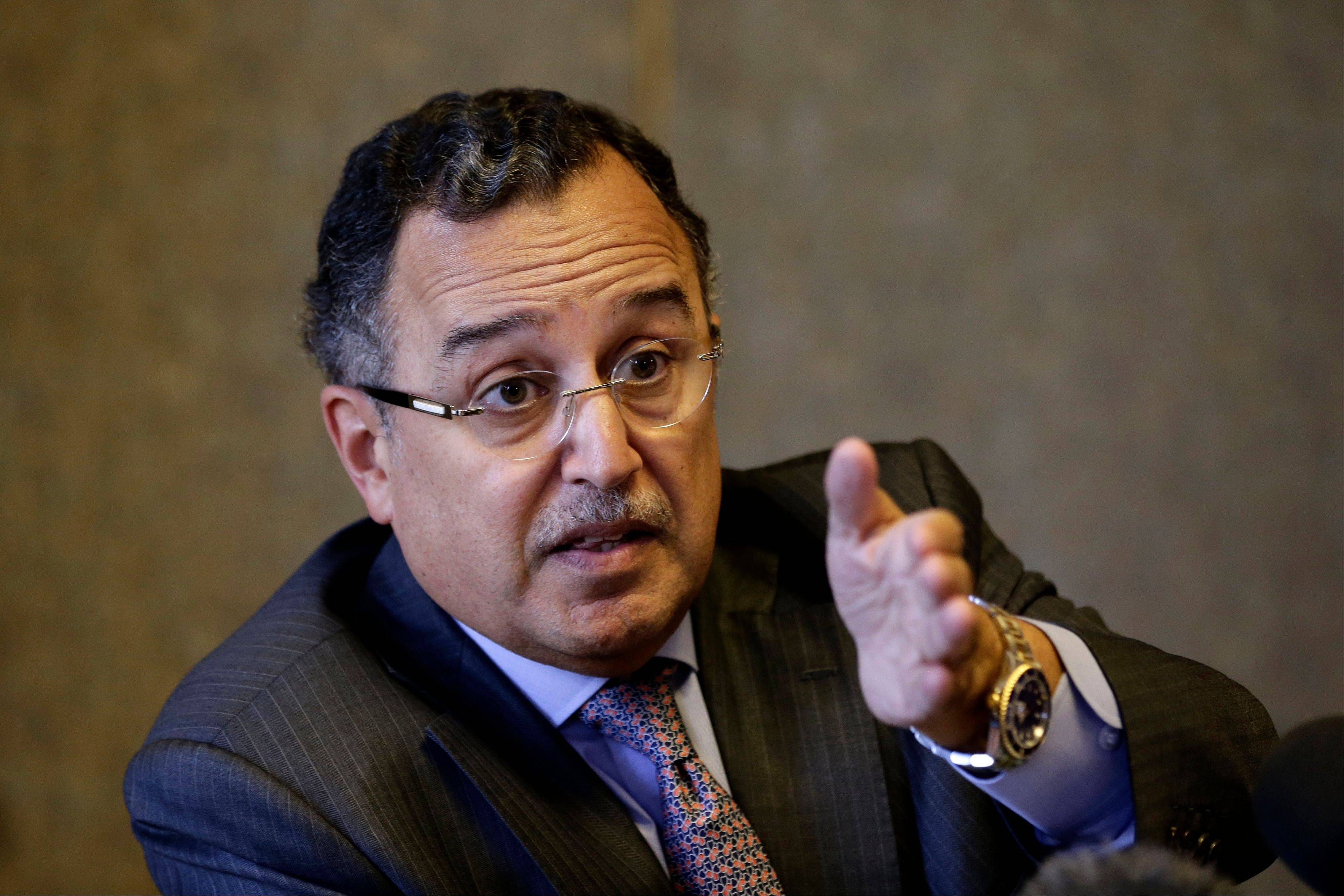 Egypt's Foreign Minister Nabil Fahmy said on Thursday that Russia was too important to be a substitute for the United States as Cairo's foreign ally and backer.