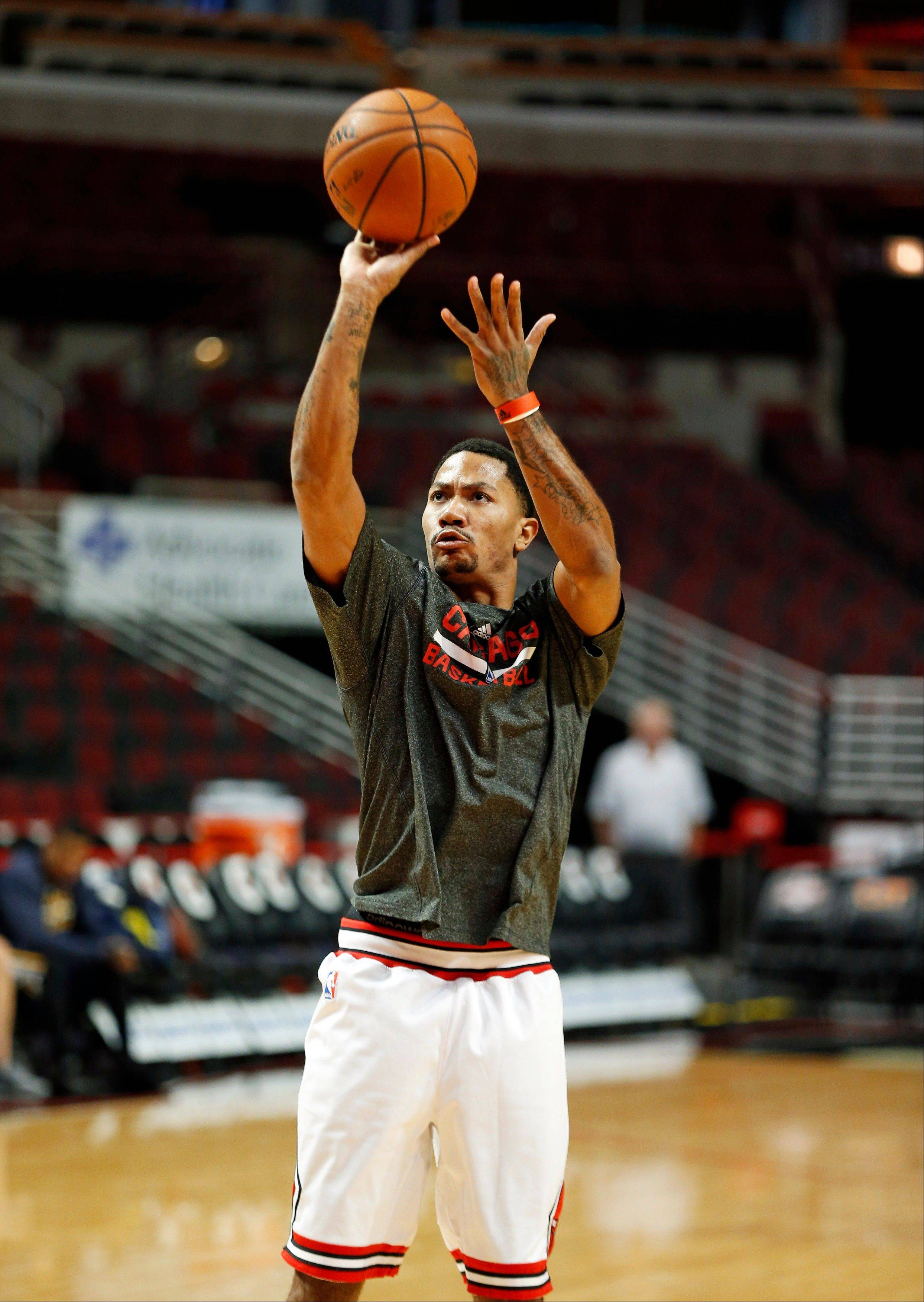 Chicago Bulls guard Derrick Rose says he's ready to play this weekend, but the Bulls may be more cautious. The Bulls play at Toronto on Friday, then host Indiana on Saturday.