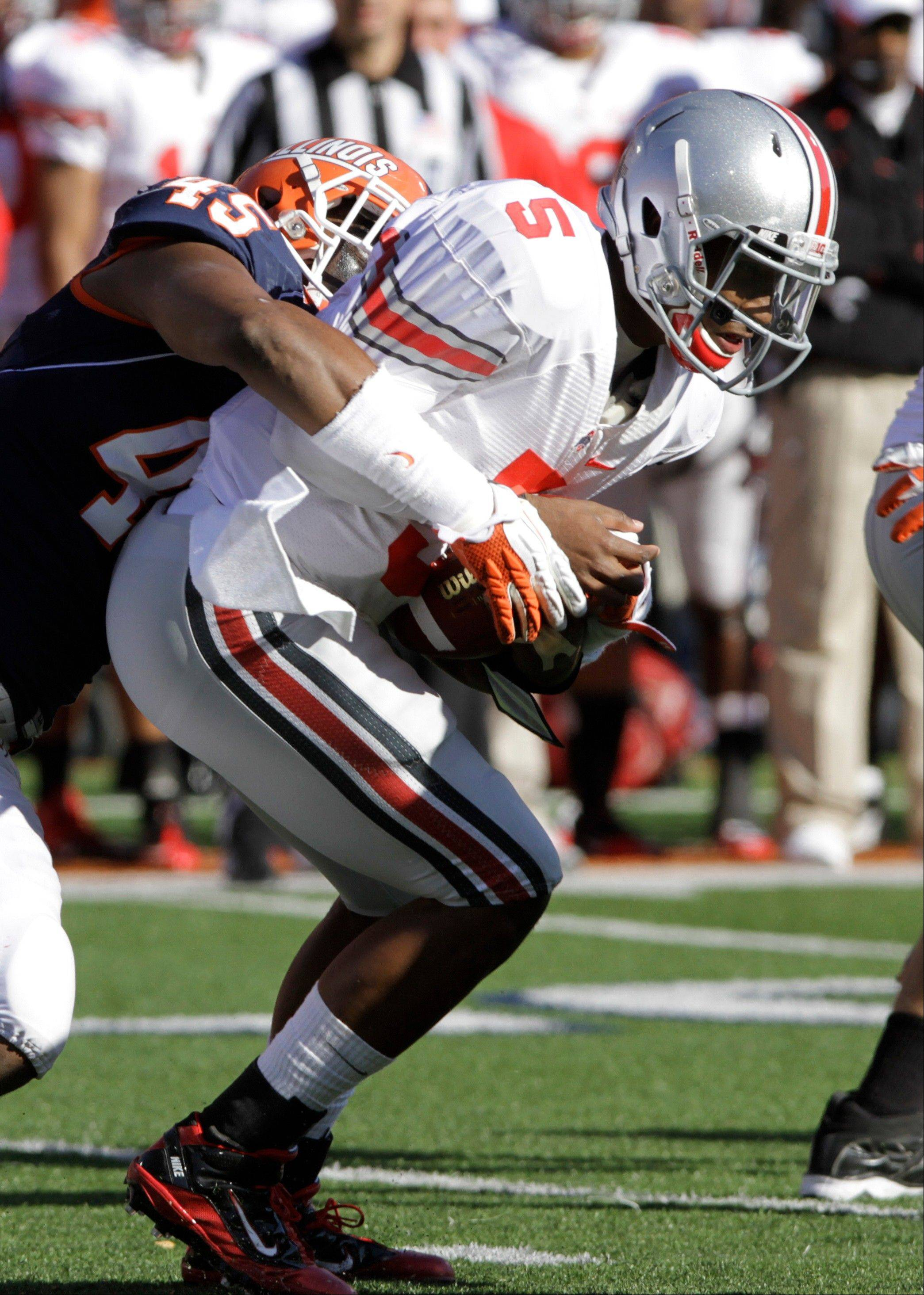 Illinois wil try to slow down Ohio State quarterback Braxton Miller (5) when the two teams meet Saturday in Champaign. The third-ranked Buckeyes are heavy favorites in the game.