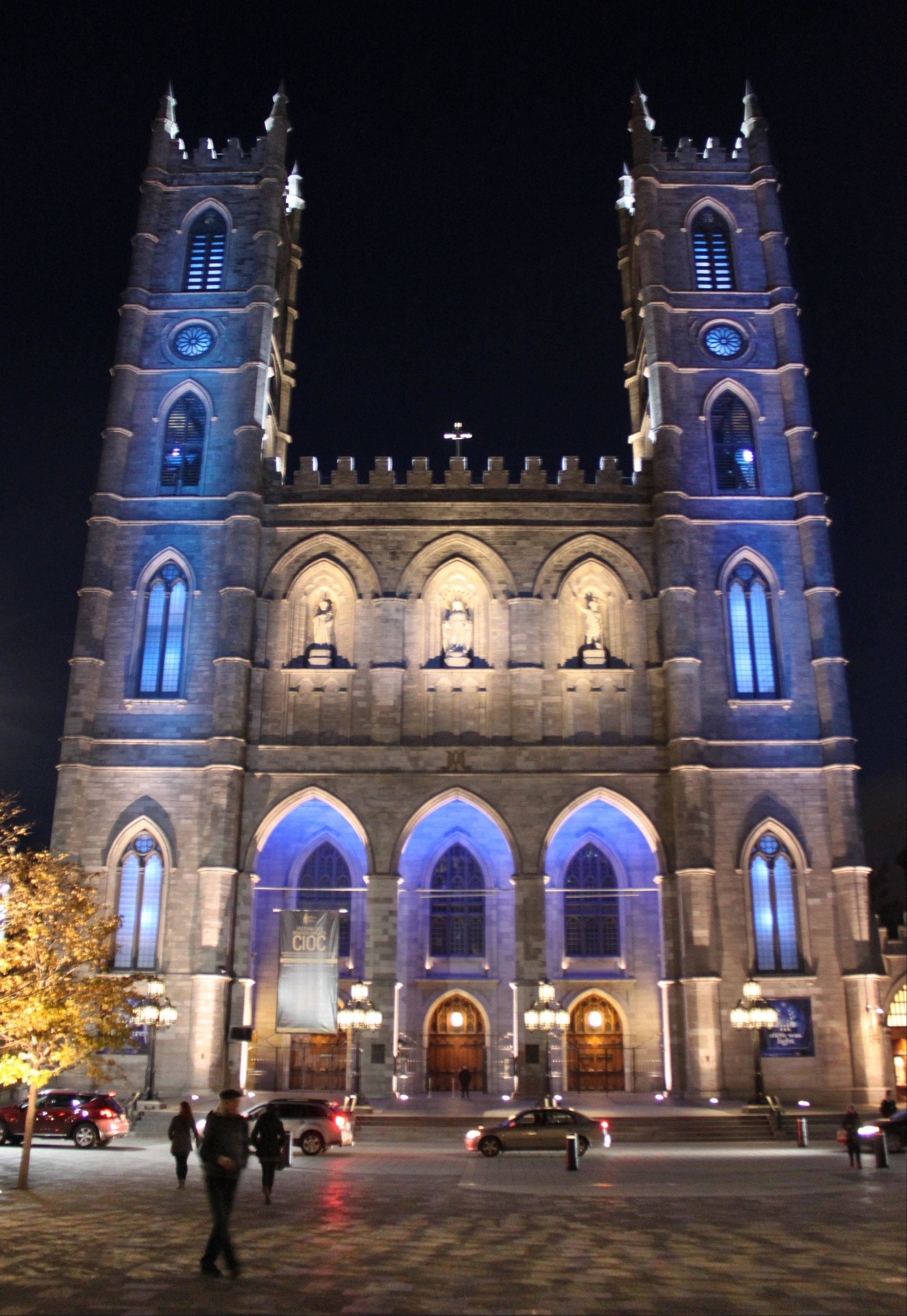 The centuries-old church Notre Dame Basilica is part of the free walking tours in Montreal.