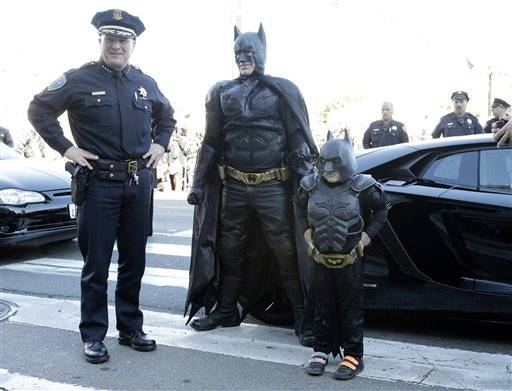 Dressed in a black Batman costume, his fists clenched as he took on foe after foe around San Francisco, a 5-year-old boy who has battled leukemia for years fulfilled his wish Friday to be his favorite superhero.  In the process, Miles Scott became a darling of social media and attracted thousands of fans around the country, including the White House.