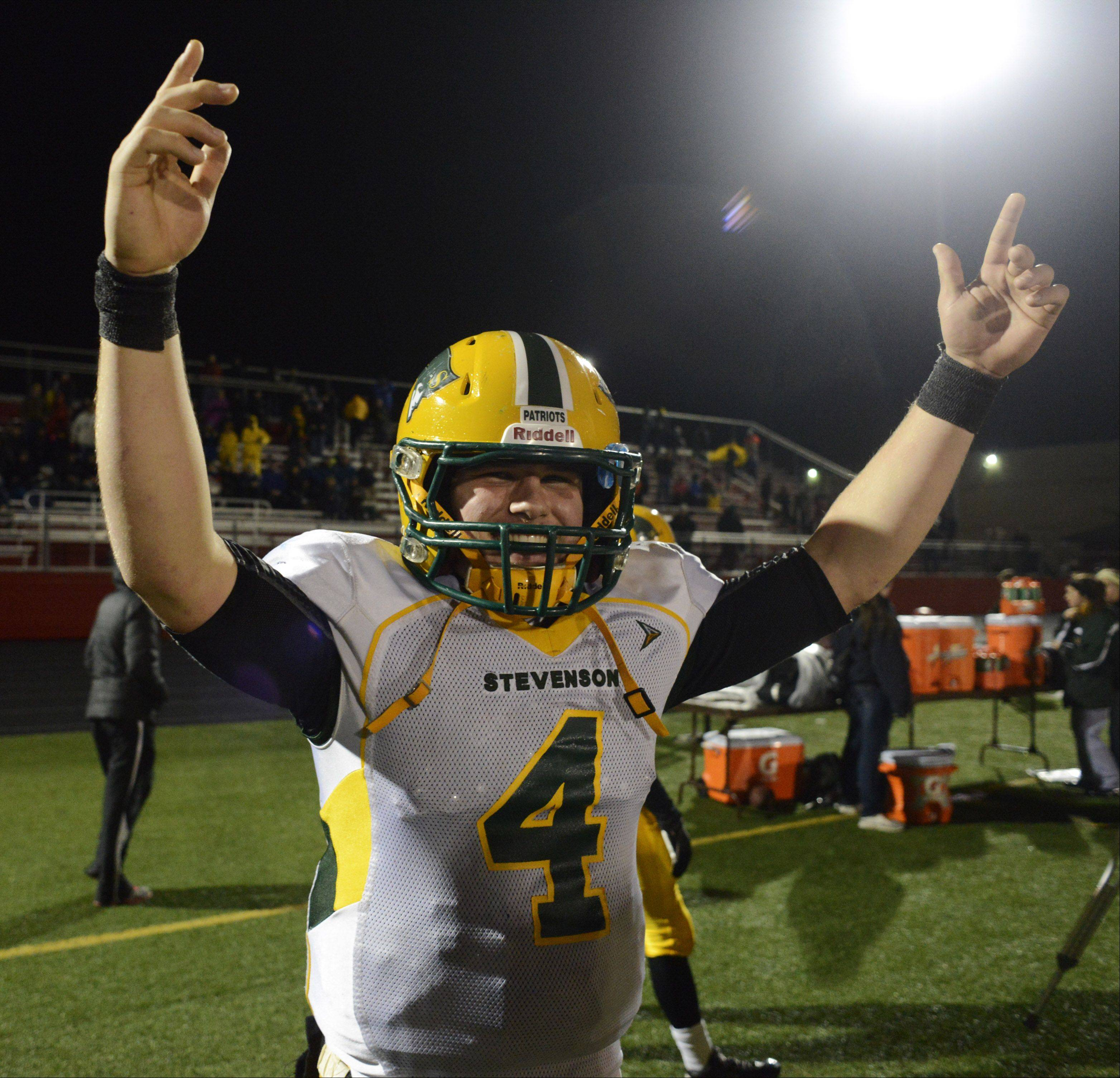 Stevenson quarterback Willie Bourbon celebrates as the clock winds down in the closing seconds of Saturday�s 14-0 victory over Barrington.