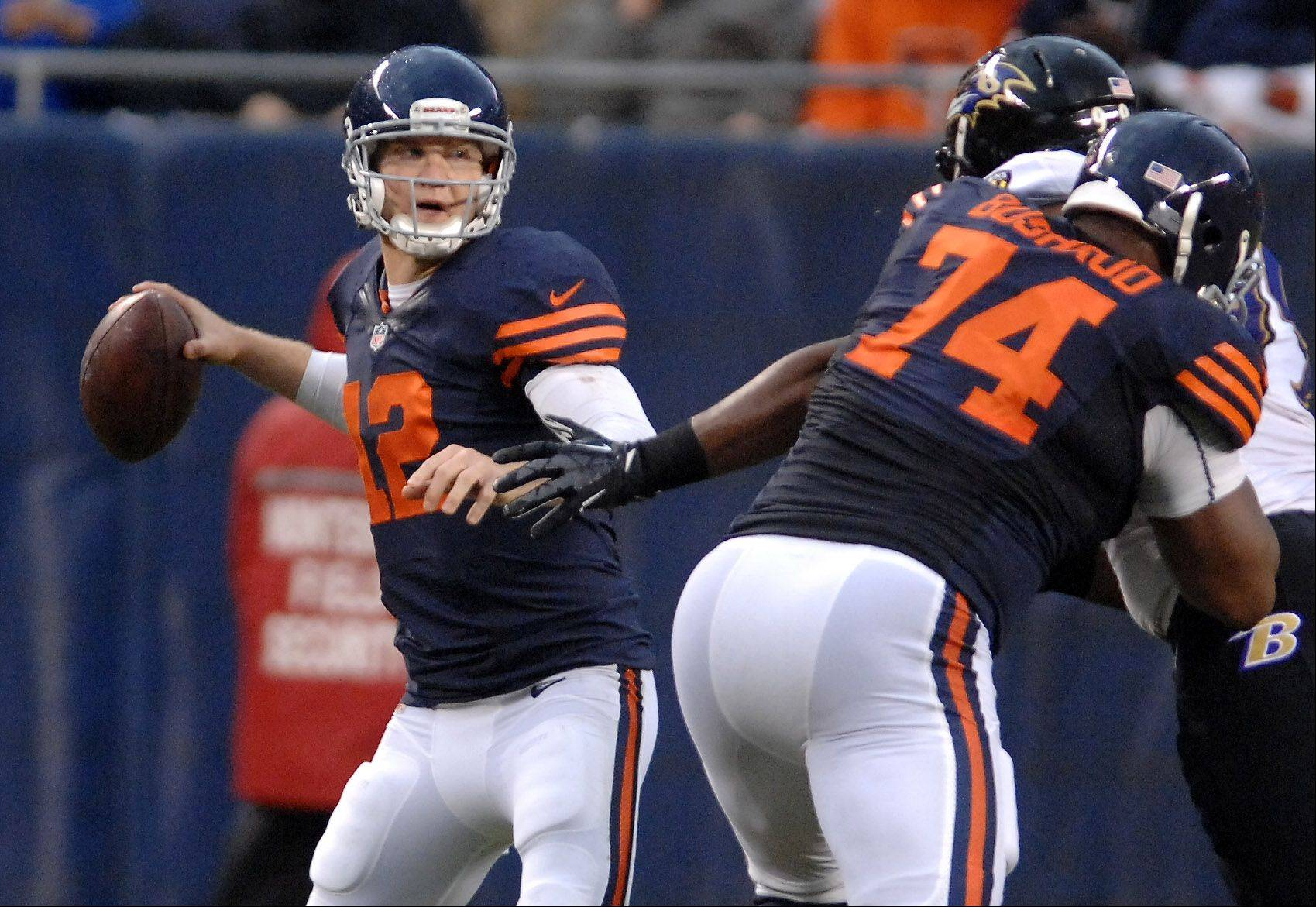 Chicago Bears quarterback Josh McCown (12) looks to pass during Sunday�s game in Chicago.