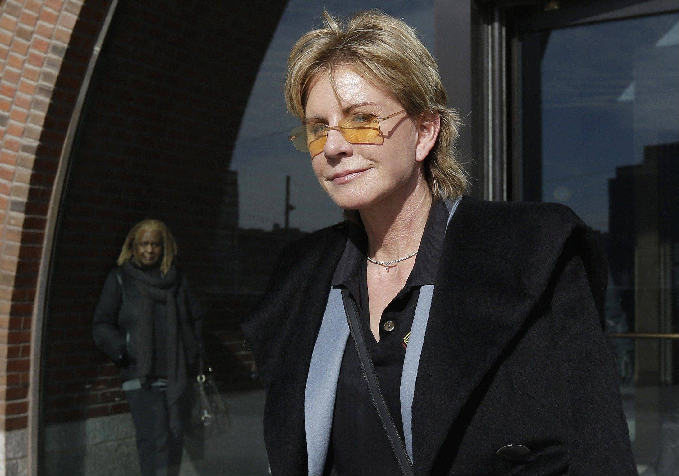 "Patricia Cornwell's 21st Scarpetta novel, ""Dust,"" has just been published."