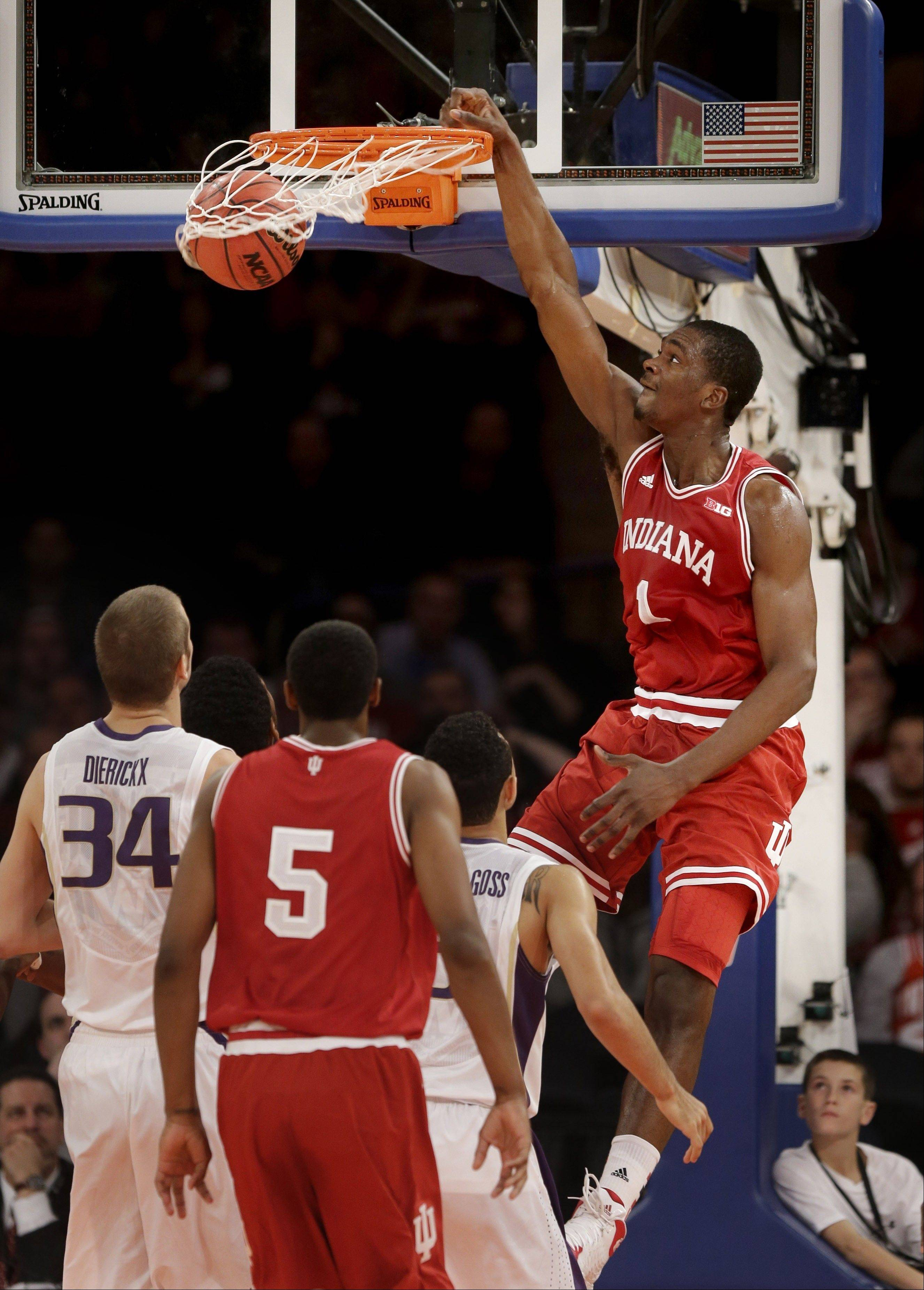 Indiana's Noah Vonleh dunks the ball during the first half of Thursday's game against Washington in New York.