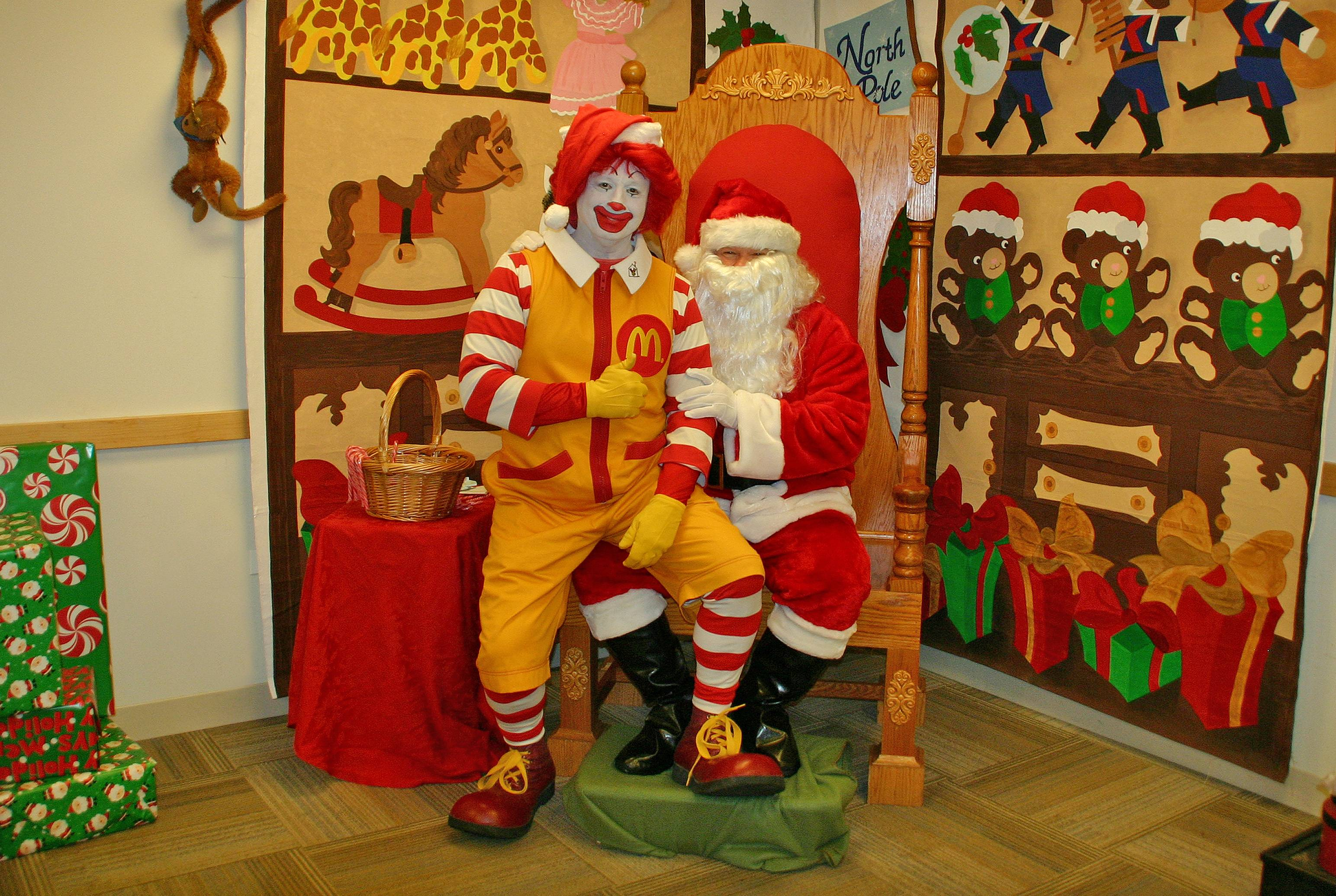 Join Ronald McDonald at Winter Wonderland, and have your picture taken with Santa.