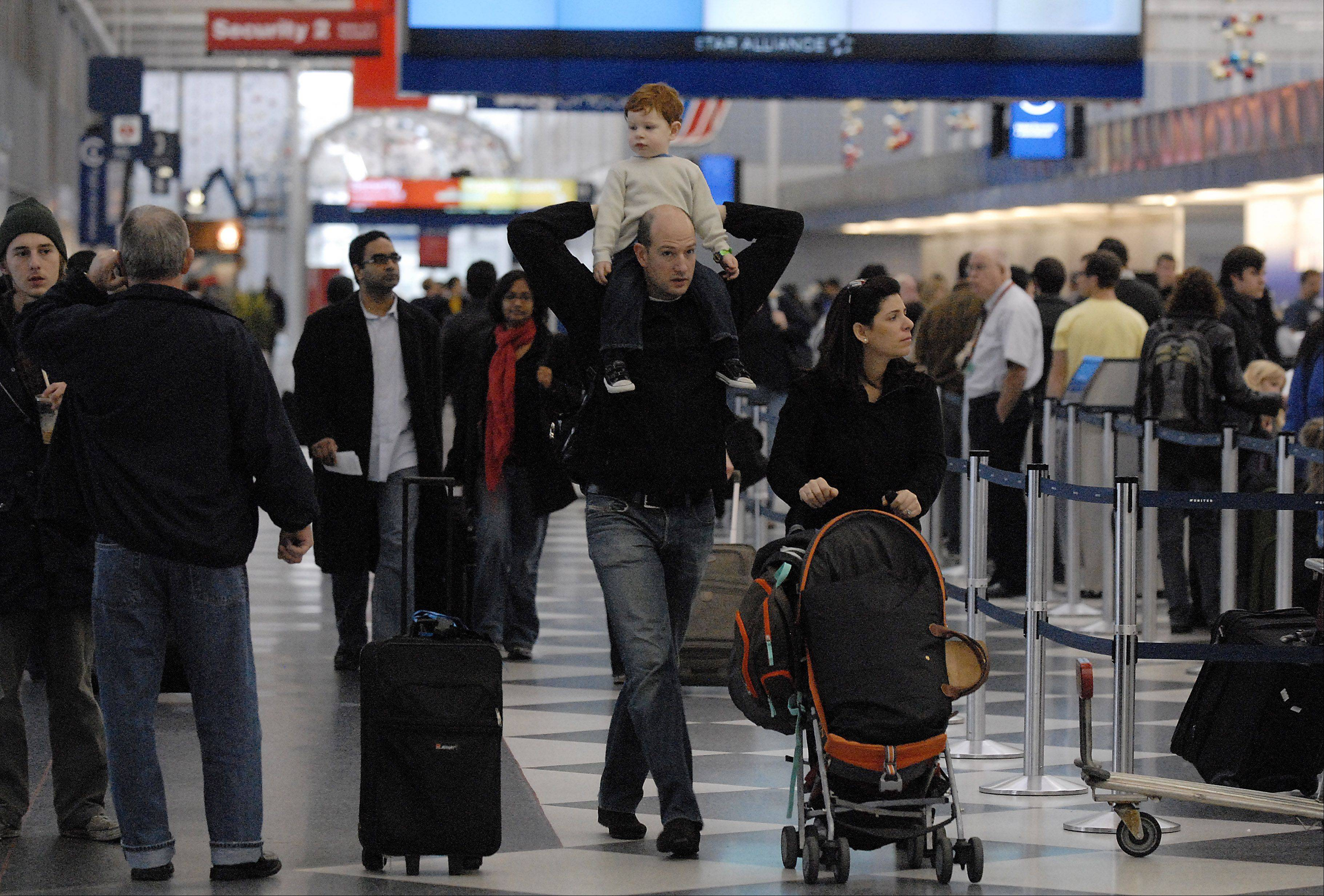 It's a busy holiday traveling season with 1.9 million expected to head through O'Hare and Midway international airports.
