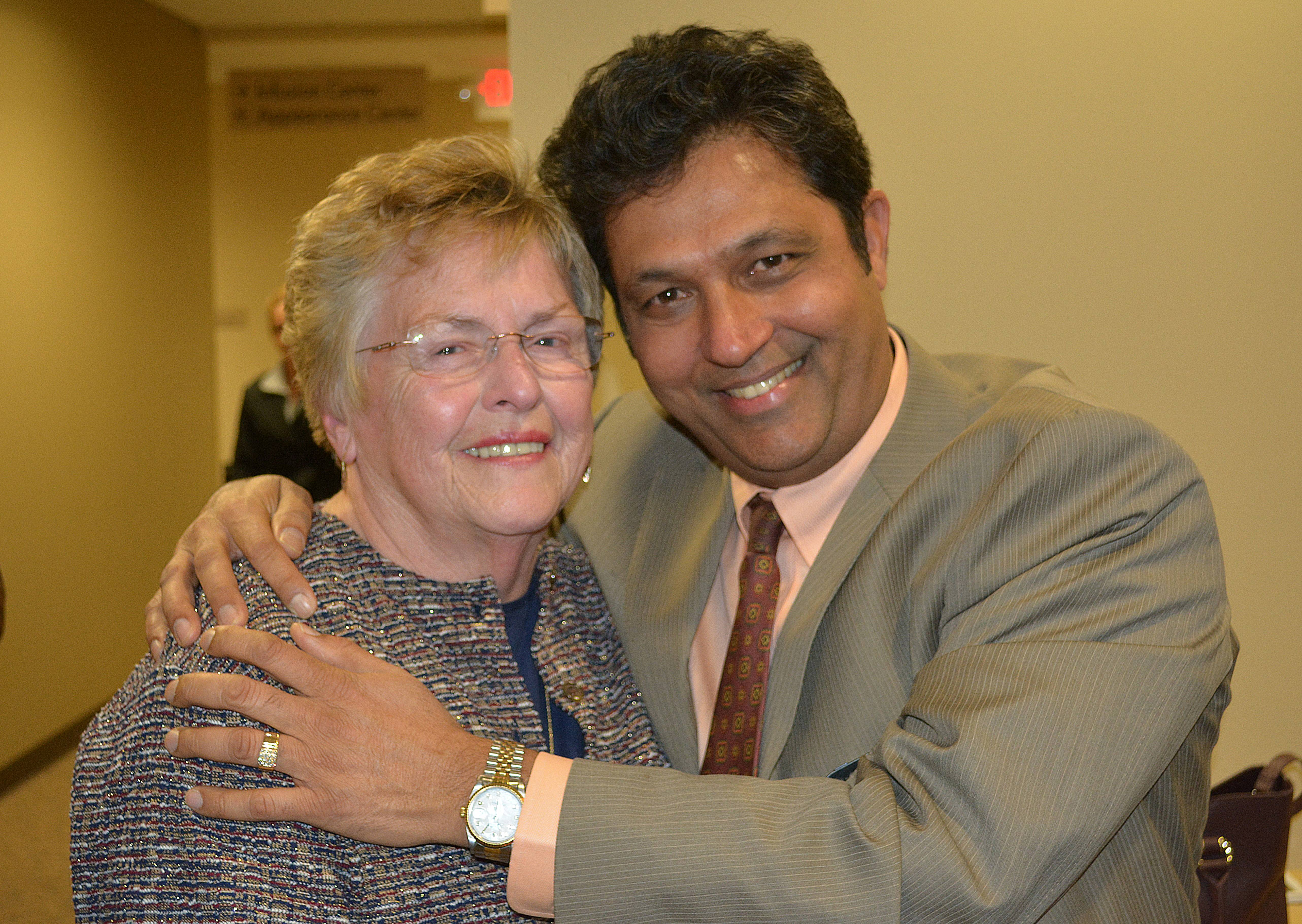 At the ribbon cutting, Vista Oncologist Dr. Nilesh Mehta reunited with Janice Hassett of Antioch, the first cancer patient he treated when he joined OHANI in 1992.