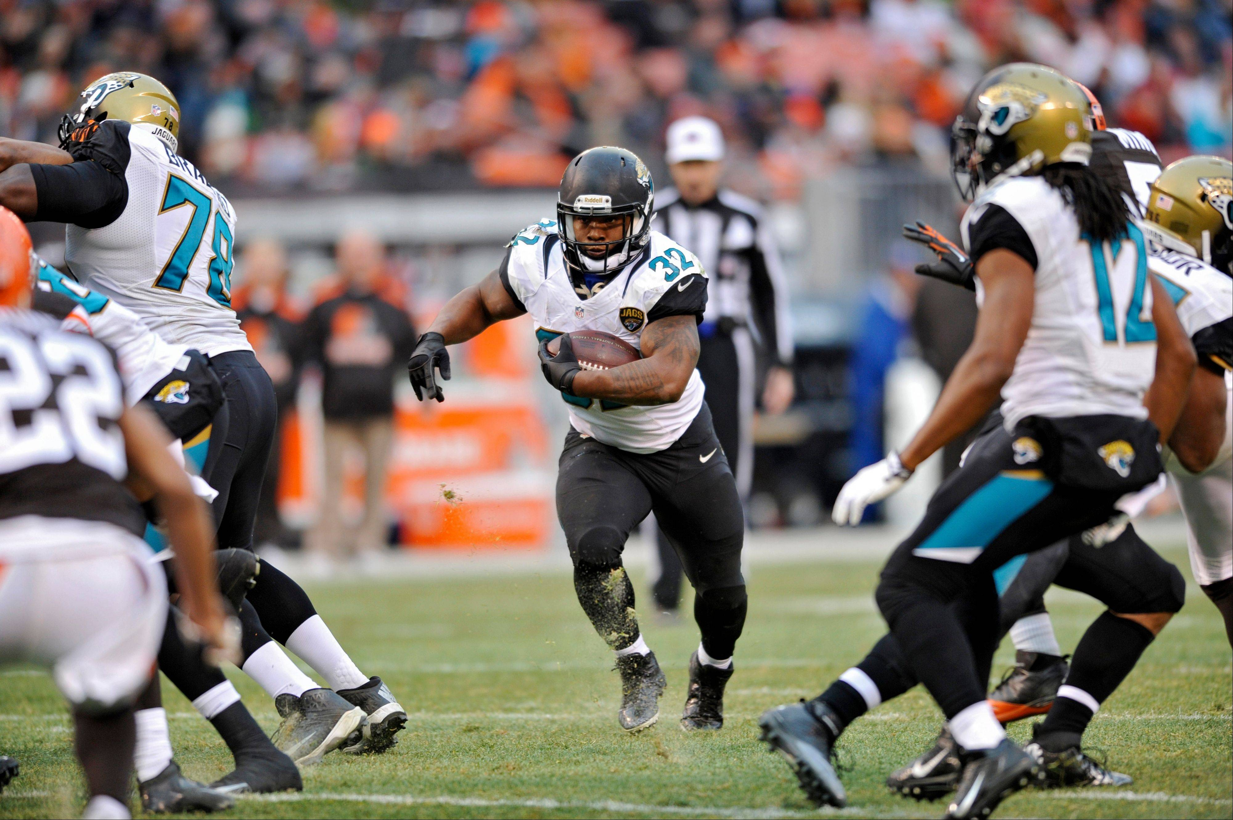 Jacksonville Jaguars running back Maurice Jones-Drew runs against the Cleveland Browns in the fourth quarter in Cleveland.