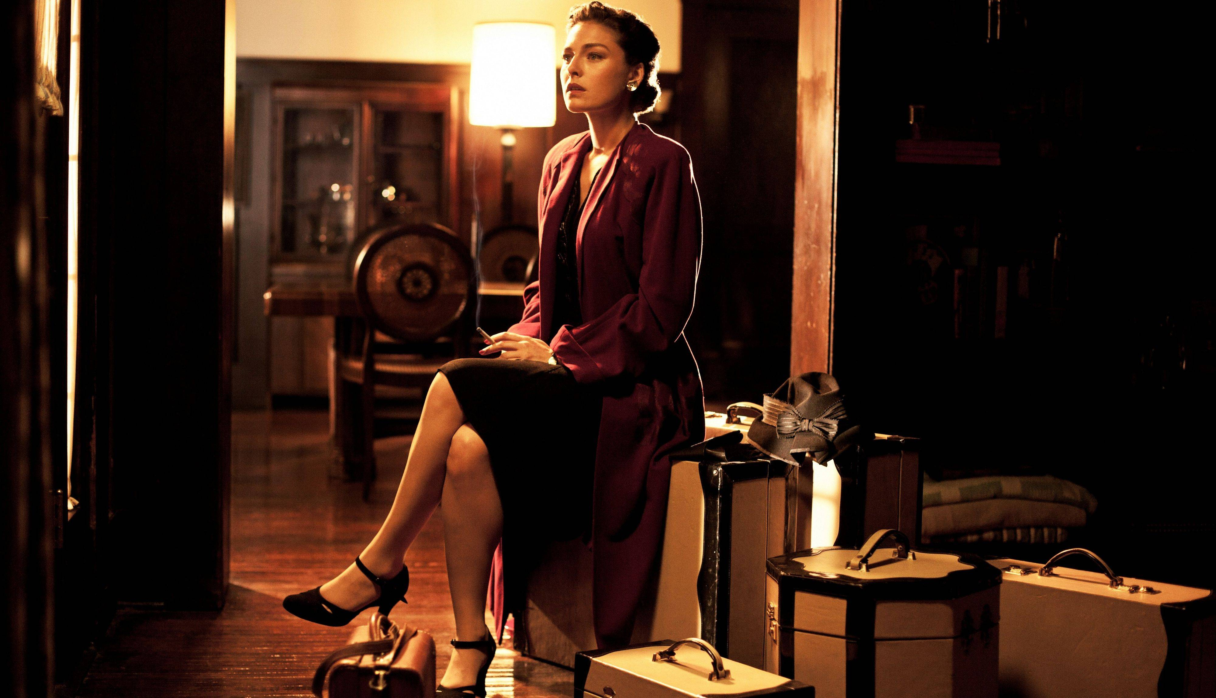 "Alexa Davalos stars in the new TNT drama series ""Mob City,"" starting Wednesday."