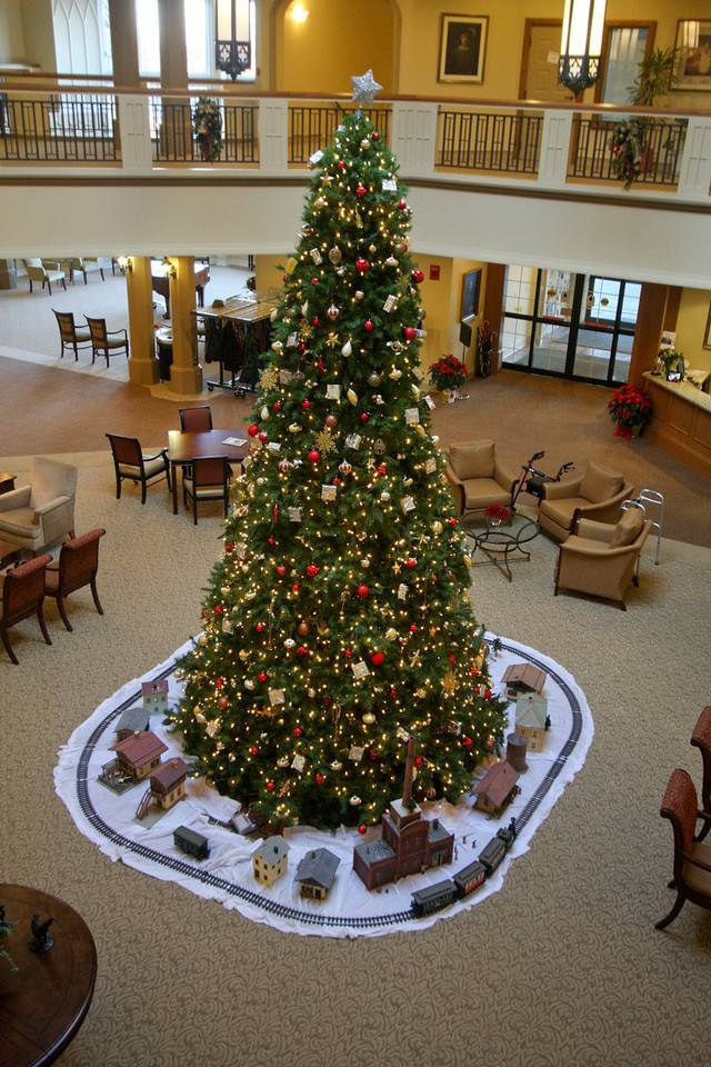 Windsor Park, a Covenant Care Community in Carol Stream invites the public to its Christmas open house on Friday, Dec. 13.