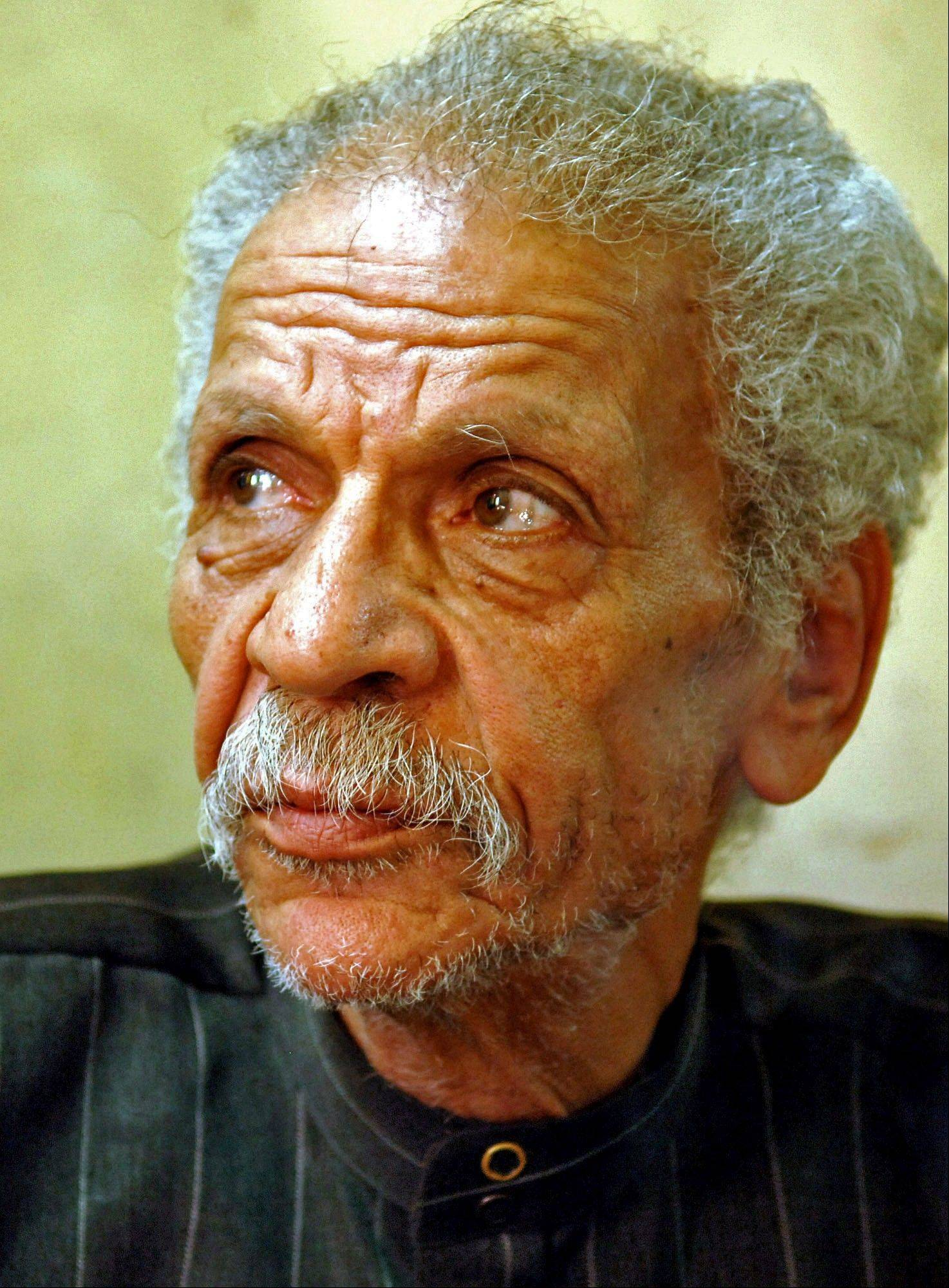 Egypt�s best known satirical poet, Ahmed Fouad Negm, has died at 84, early on Tuesday.