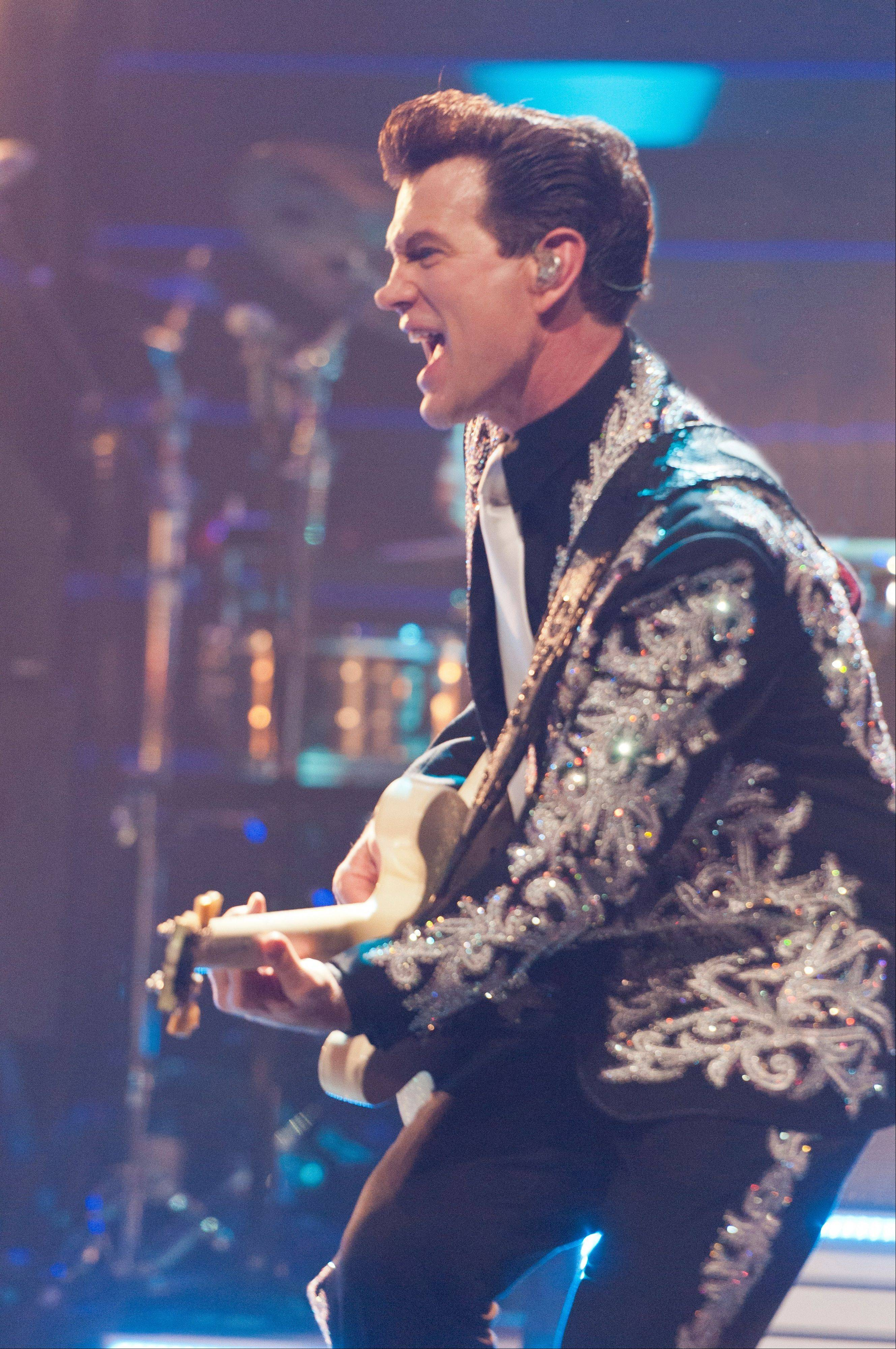 Head to Waukegan's Genesee Theatre to see Chris Isaak's holiday show.