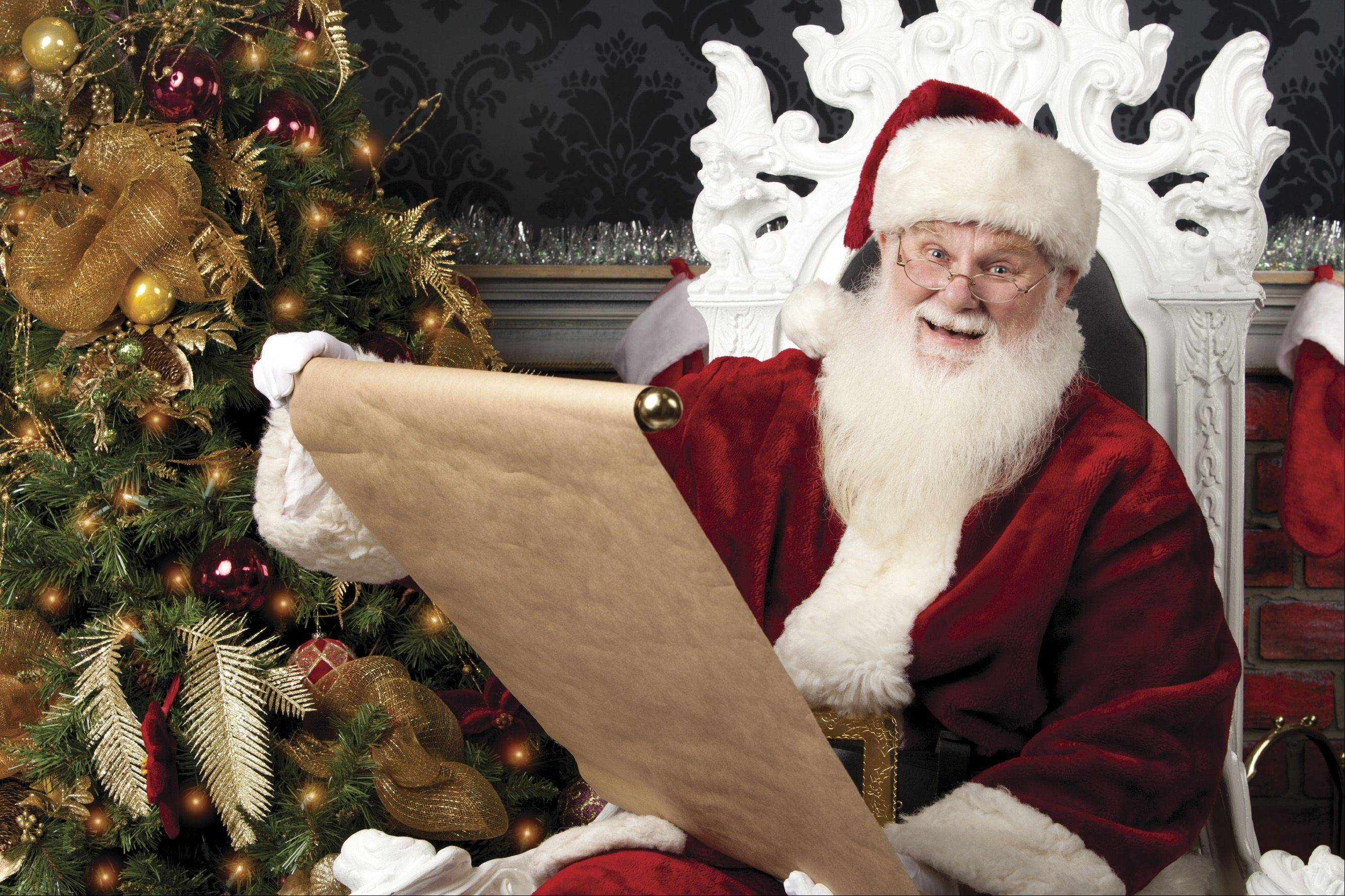This weekend, Santa will make the rounds at Algonquin and Geneva Commons, visiting stores and posing for photos.