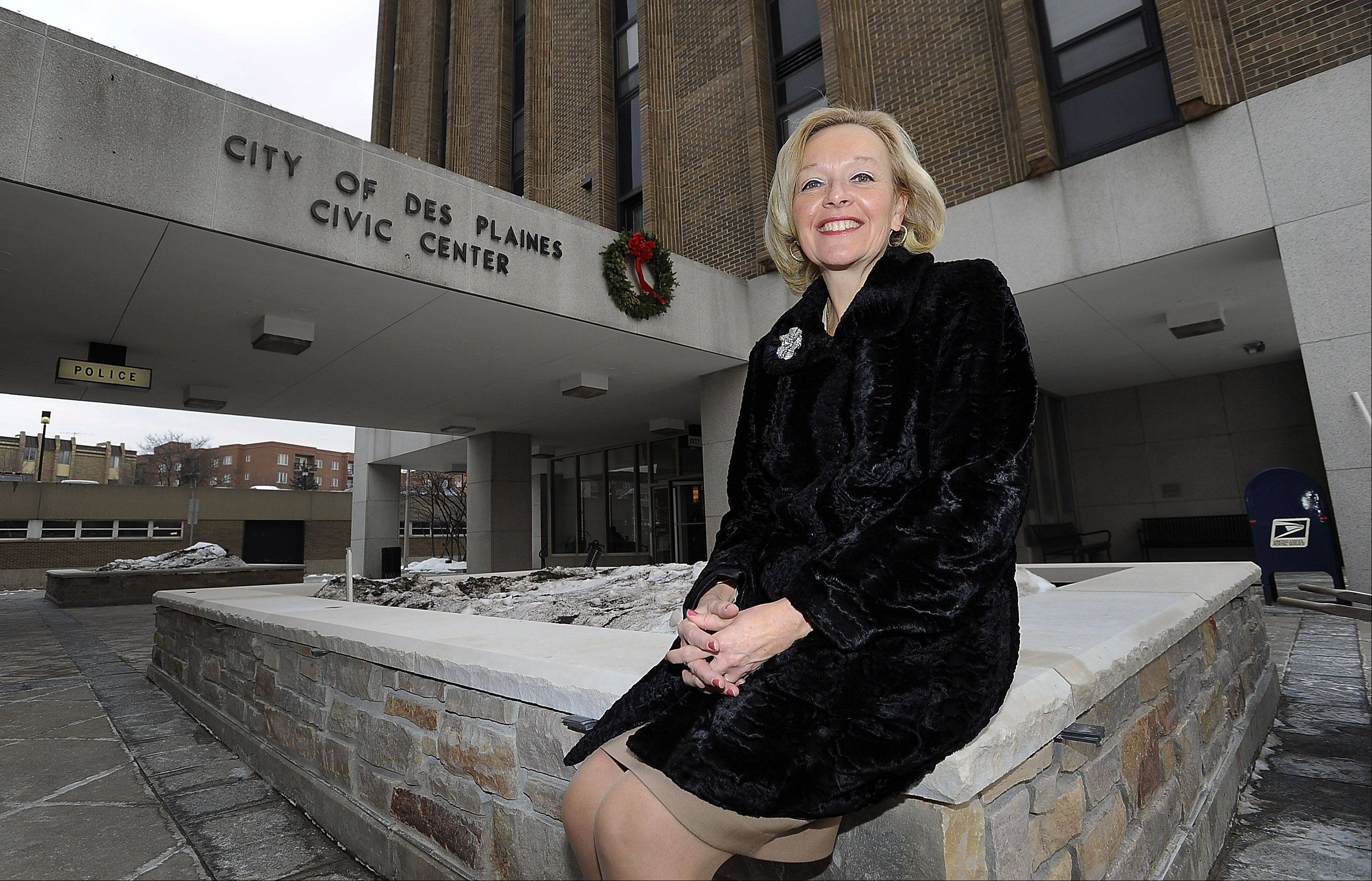 Karen Kozenczak has coordinated public relations for the city of Des Plaines for 35 years, serving under seven mayors, and having seen the changes in technology that she says have made her job better. On Friday, the Des Plaines native retired from her long-held post.