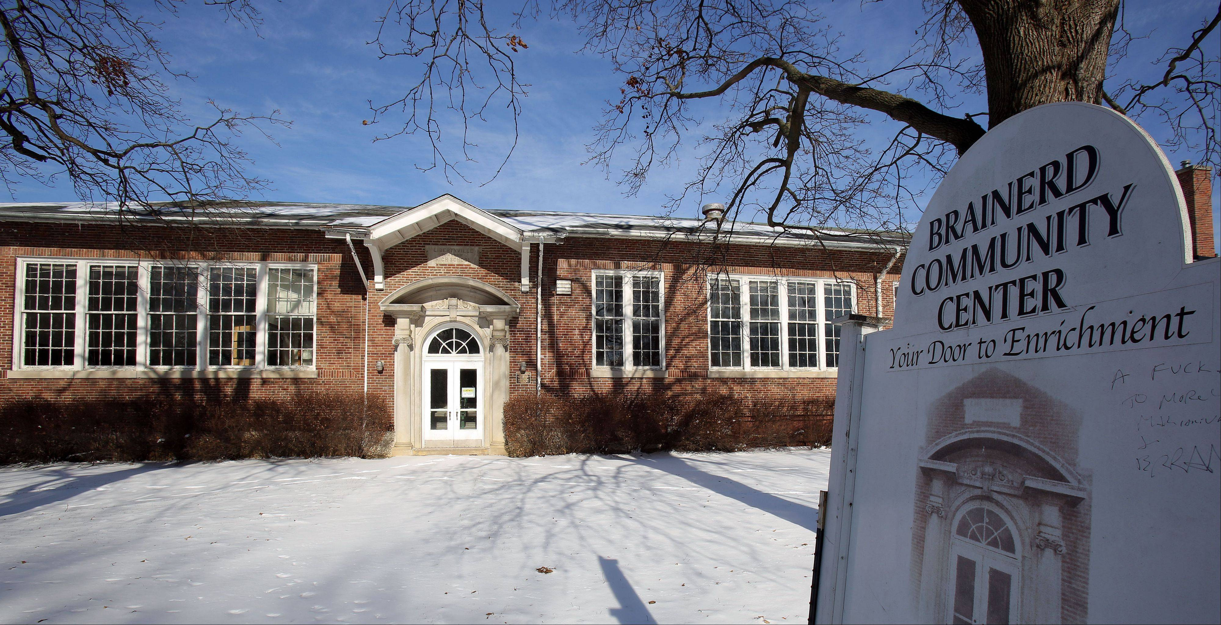 New twists in plan to convert former Libertyville High