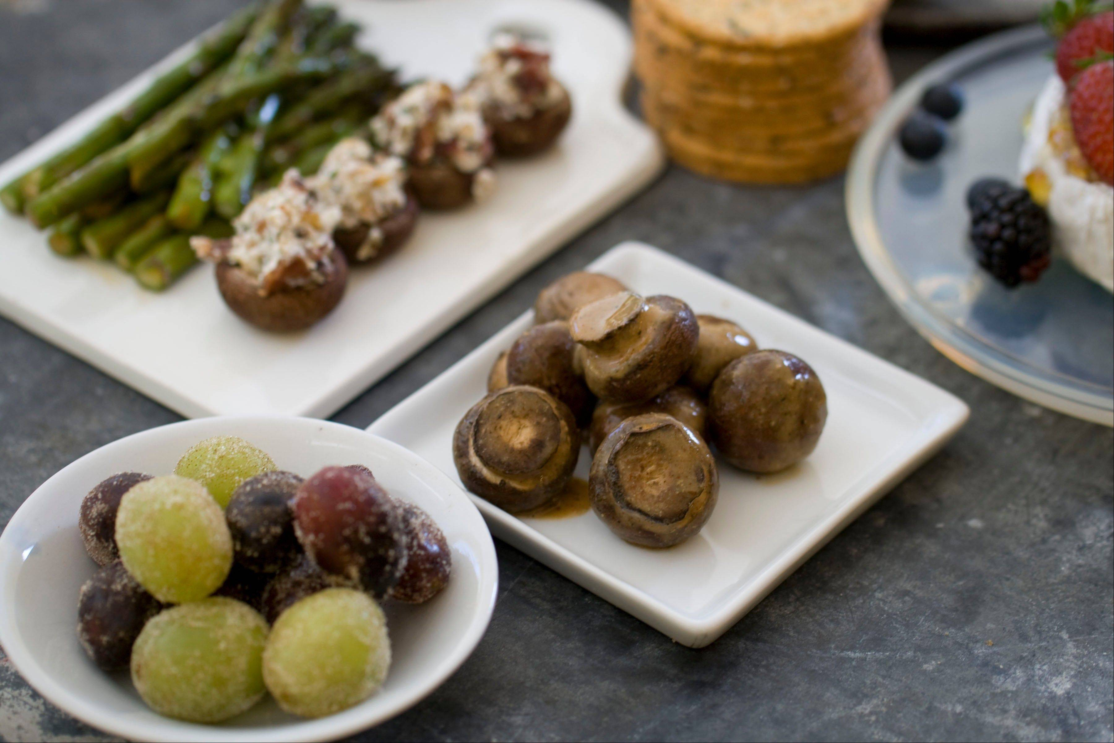 Sugared grapes, stuffed mushrooms, marinated mushrooms and baked asparagus take little time to prepare and make a big impression on holiday guests.