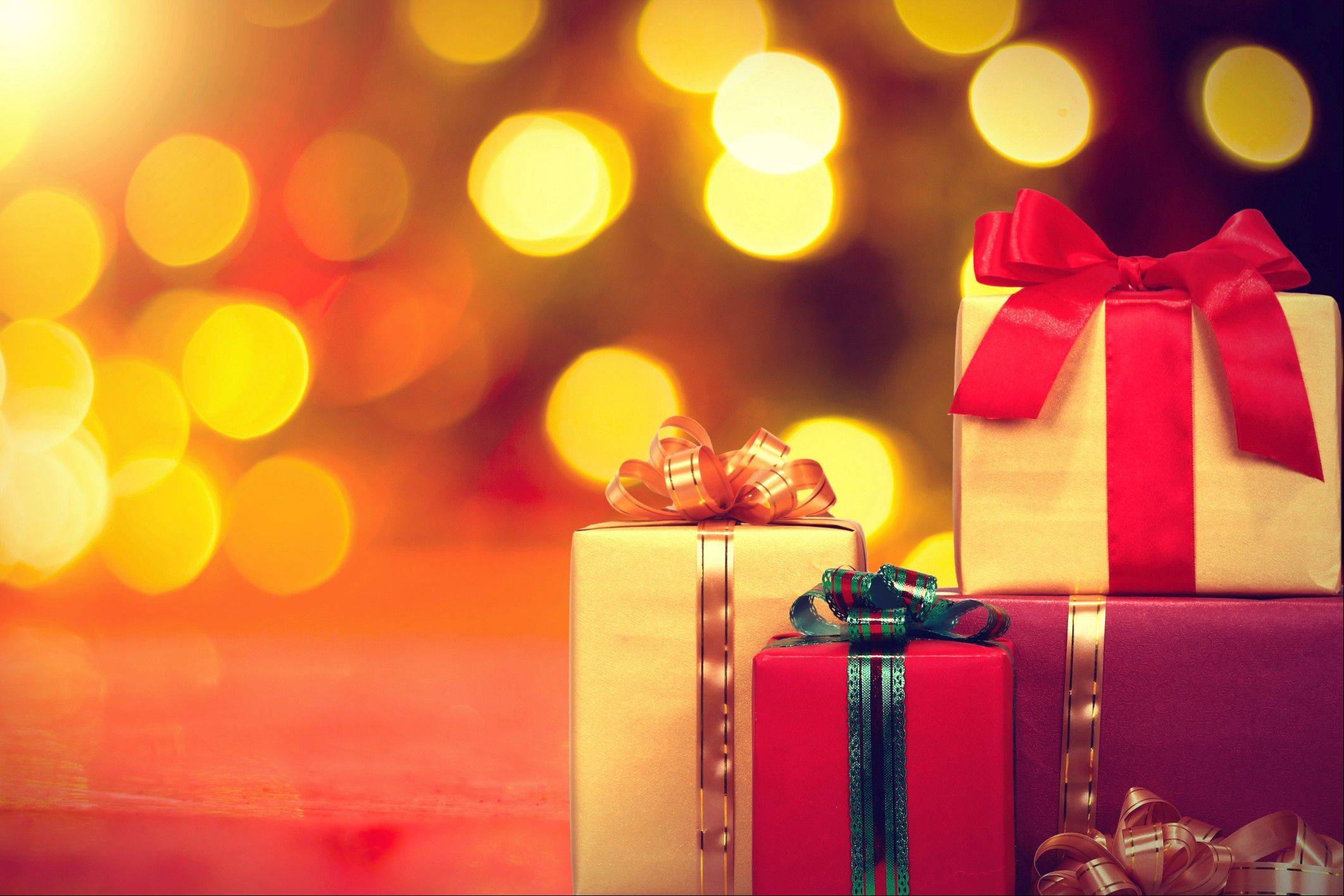 Finding a holiday gift for a person with Alzheimer's disease can be challenging.