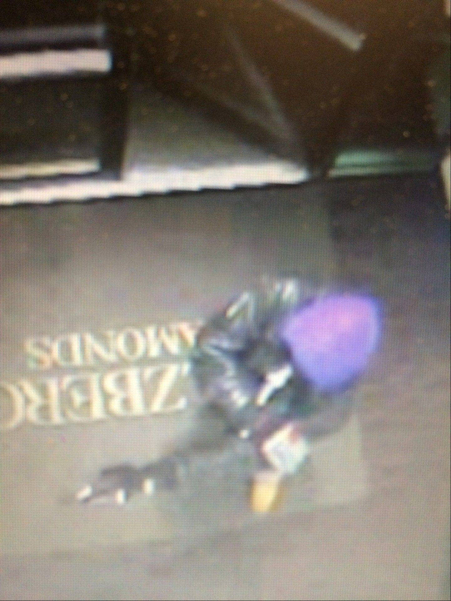 Police are seeking two suspects after an armed robbery occurred Saturday evening at Helzberg Diamonds in Oak Brook.