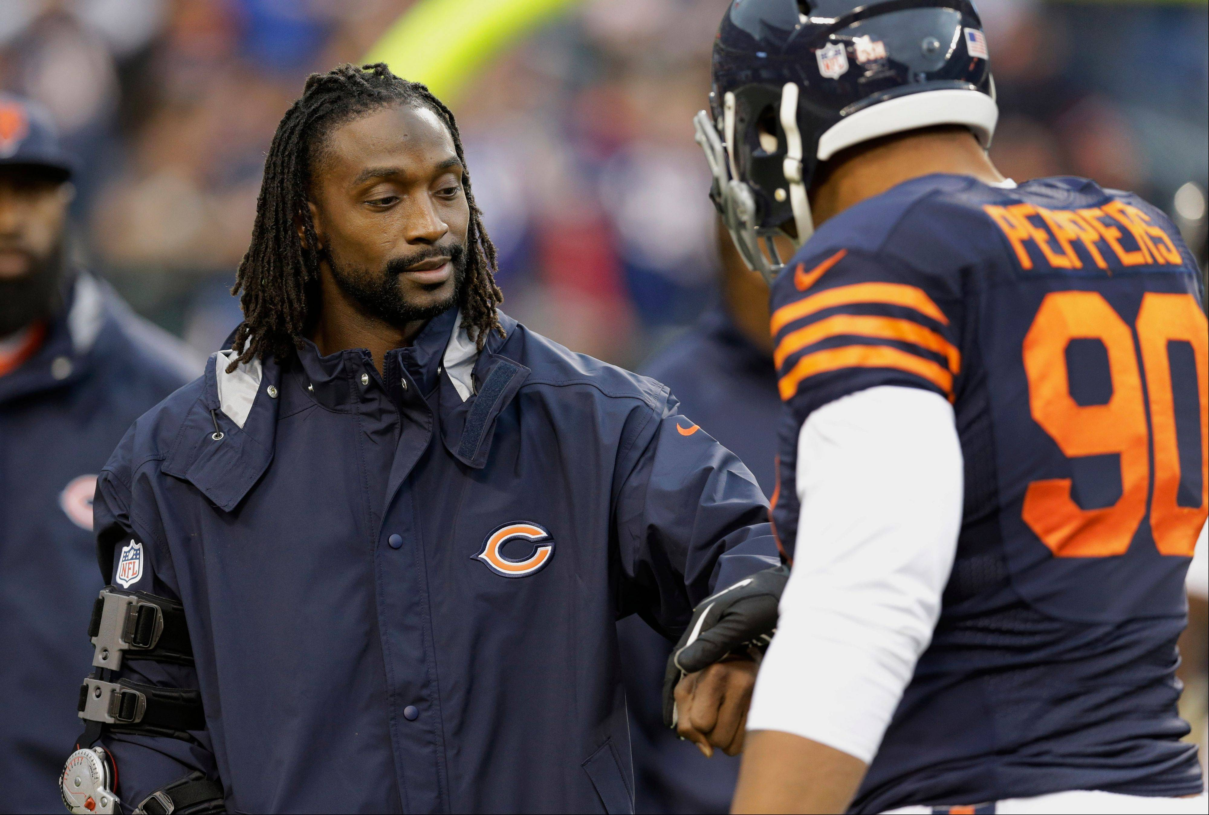 The Bears confirmed Monday that Charles Tillman, who has been rehabbing a torn triceps, will not return this season, but it's possible that linebacker Lance Briggs could play Sunday against Philadelphia.
