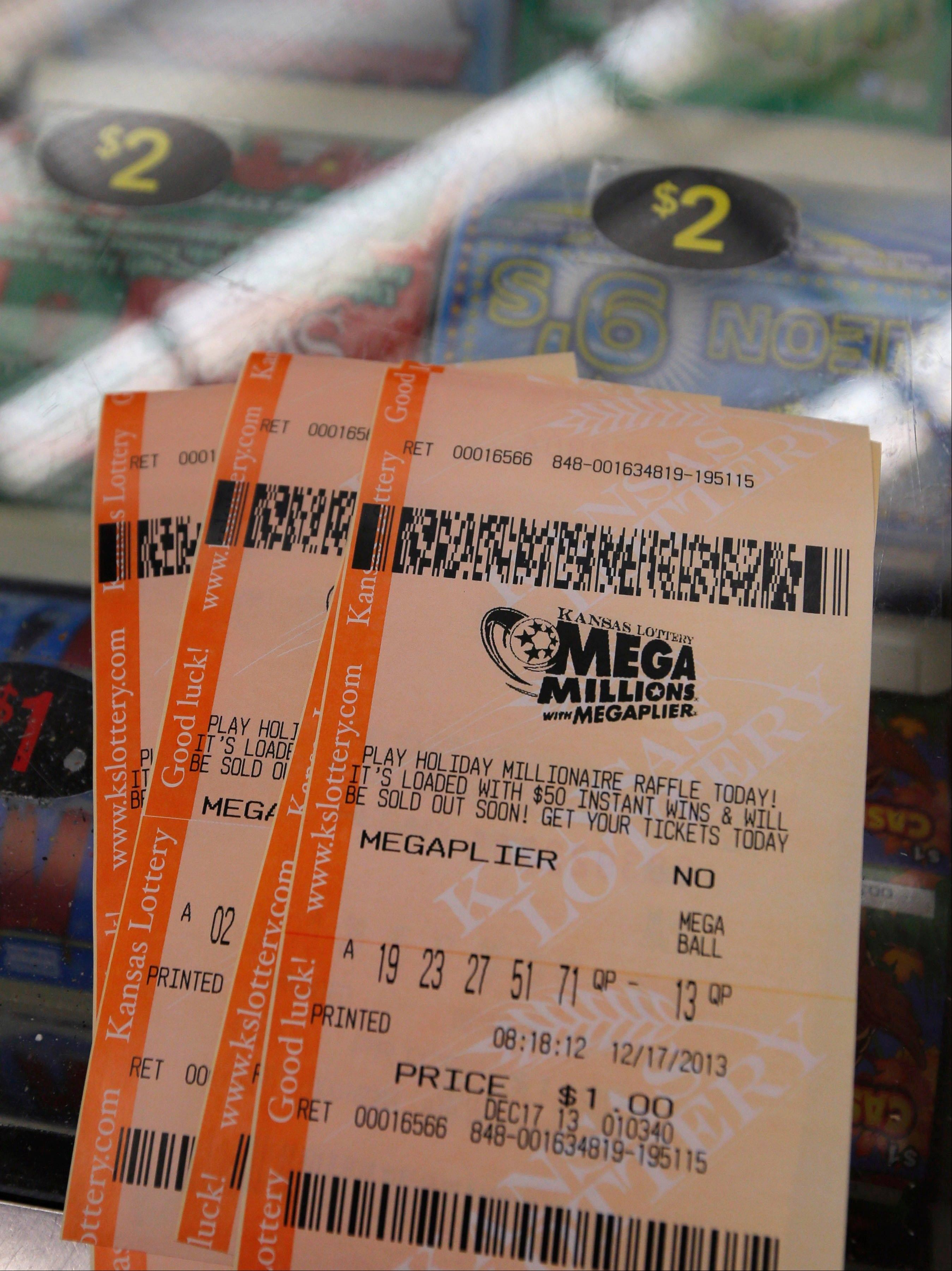 2 winners in $636 million Mega Millions drawing