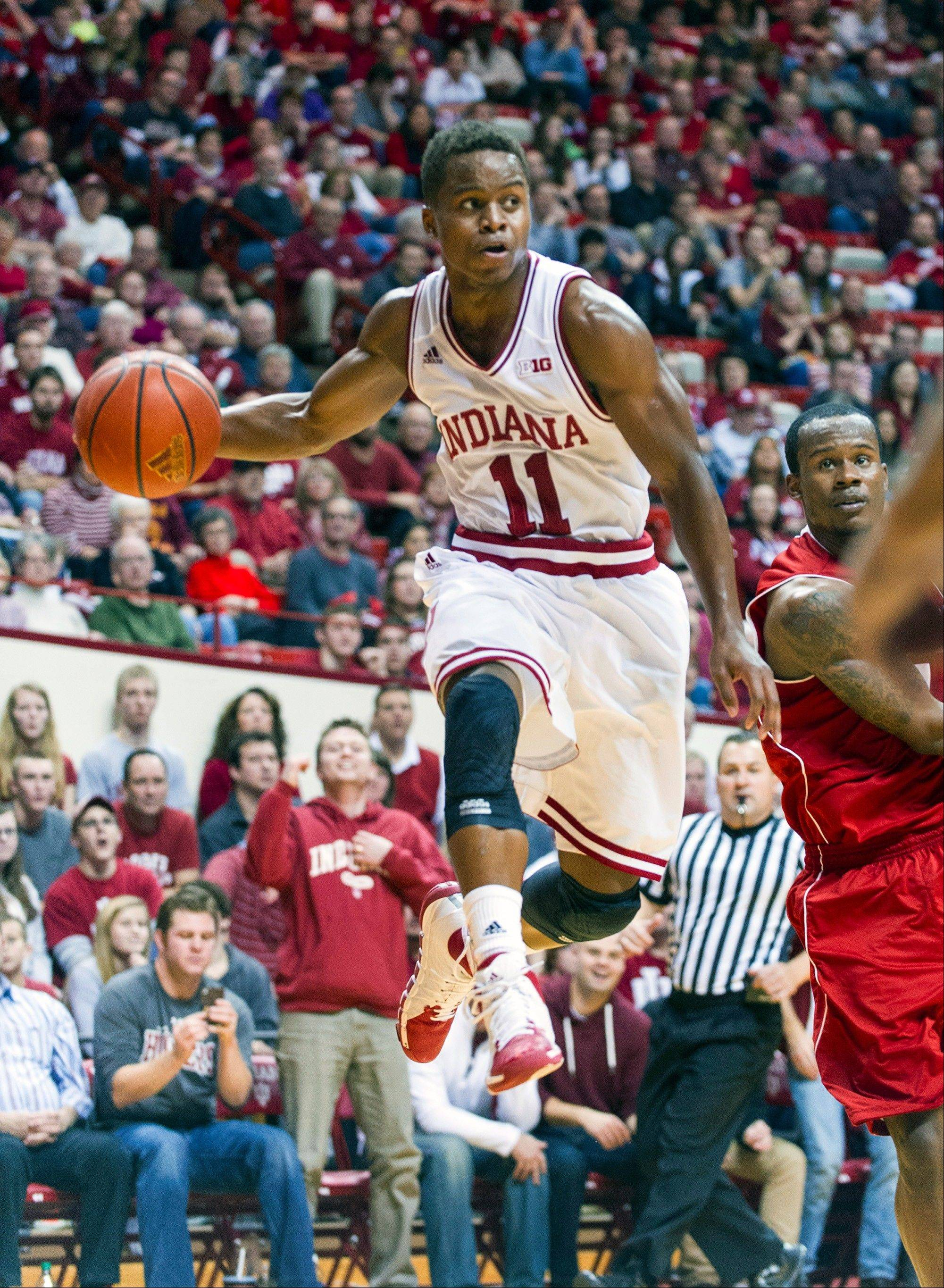 Indiana�s Yogi Ferrell fires off a pass to a teammate during the second half of Friday�s game against Nicholls State in Bloomington, Ind. Indiana won 79-66.