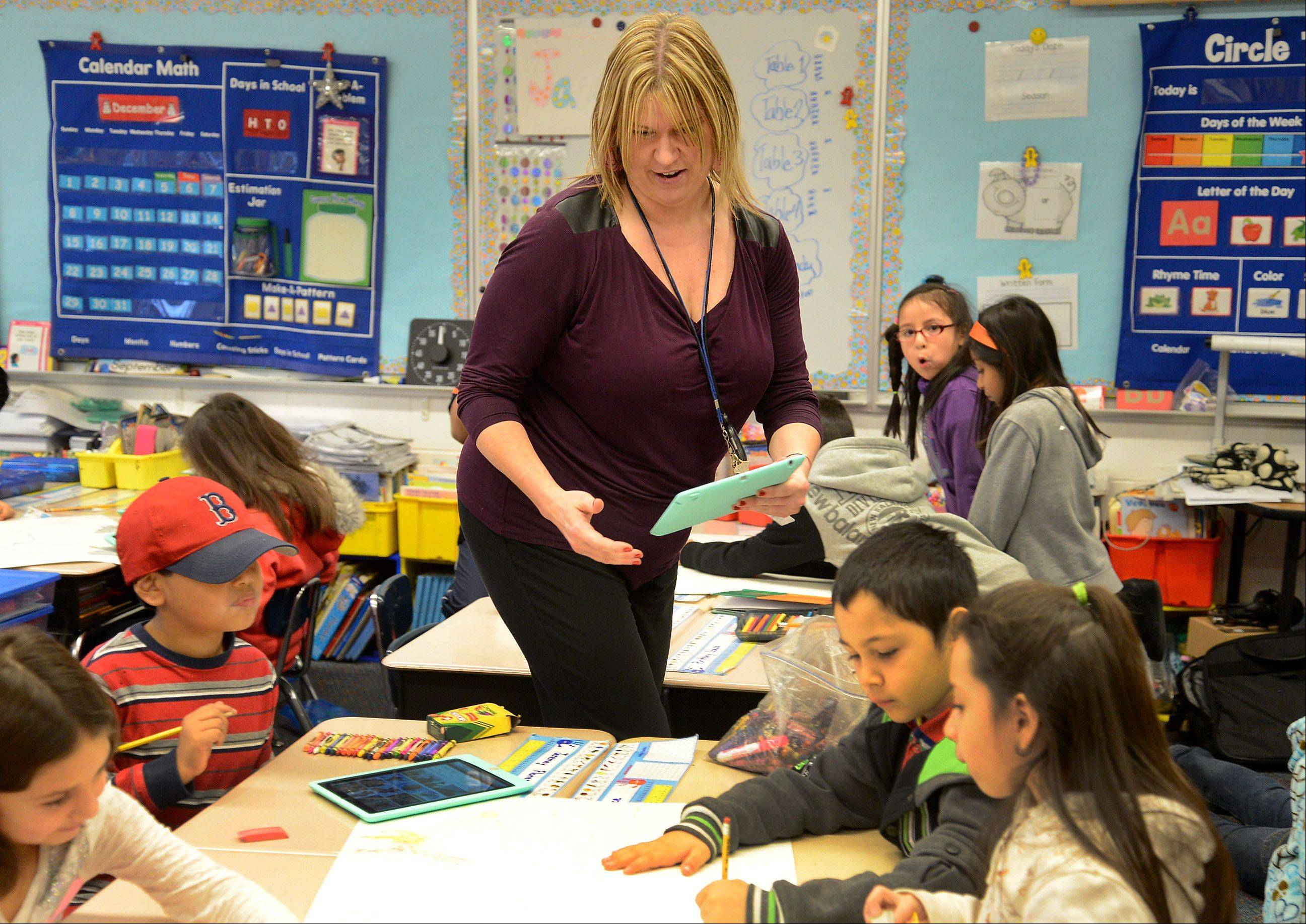 Jacque Erickson teaches a bilingual class of first- and second-grade students at Jane Addams Elementary School in Palatine.