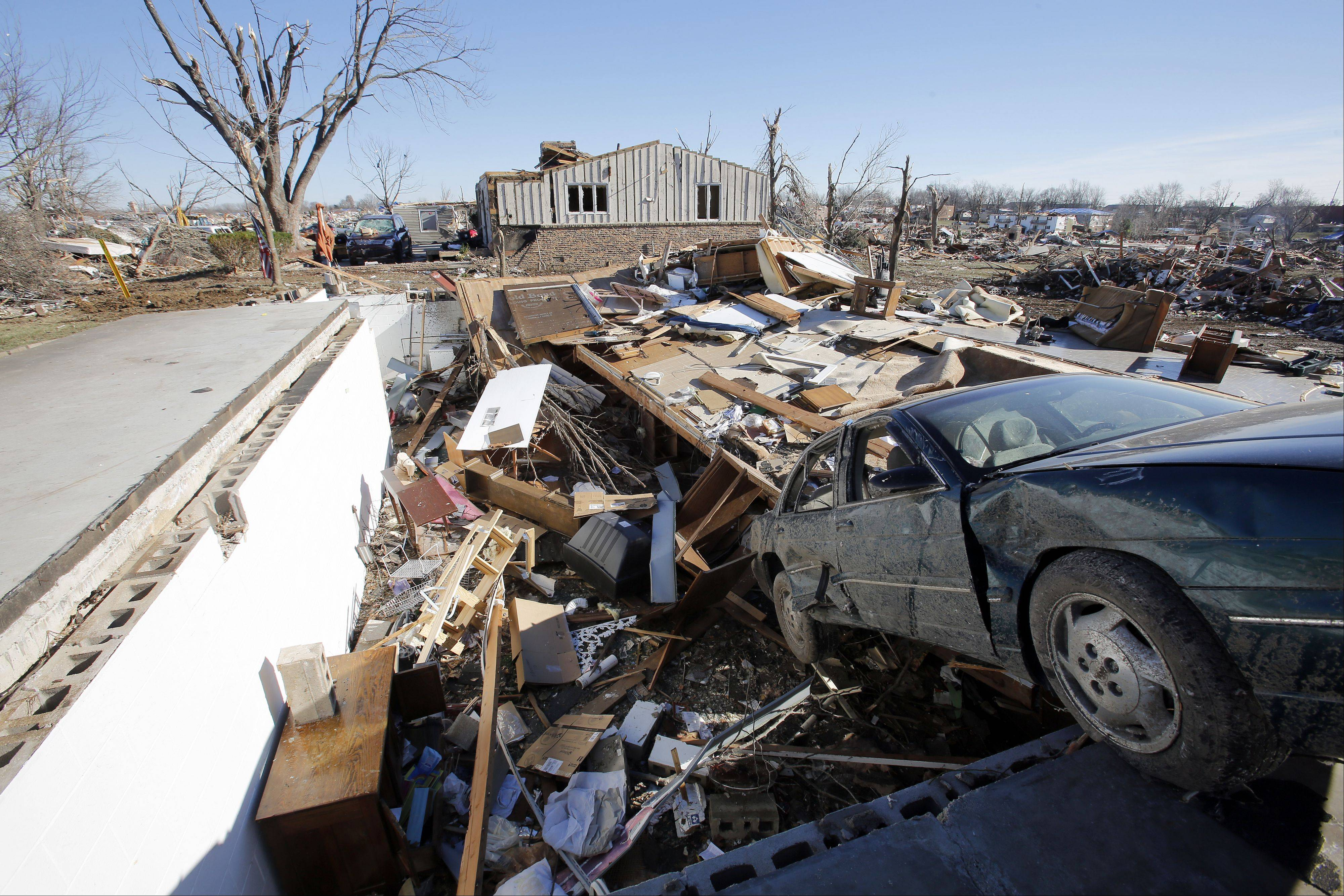 A group of 50 Carmel Catholic High School students, along with six teachers and coaches from the Mundelein school, will travel to downstate Washington later this week to help victims of November�s devastating tornado.
