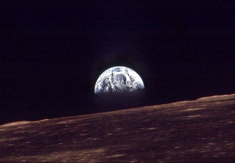 Apollo 8 astronaut marks 1968 broadcast to Earth