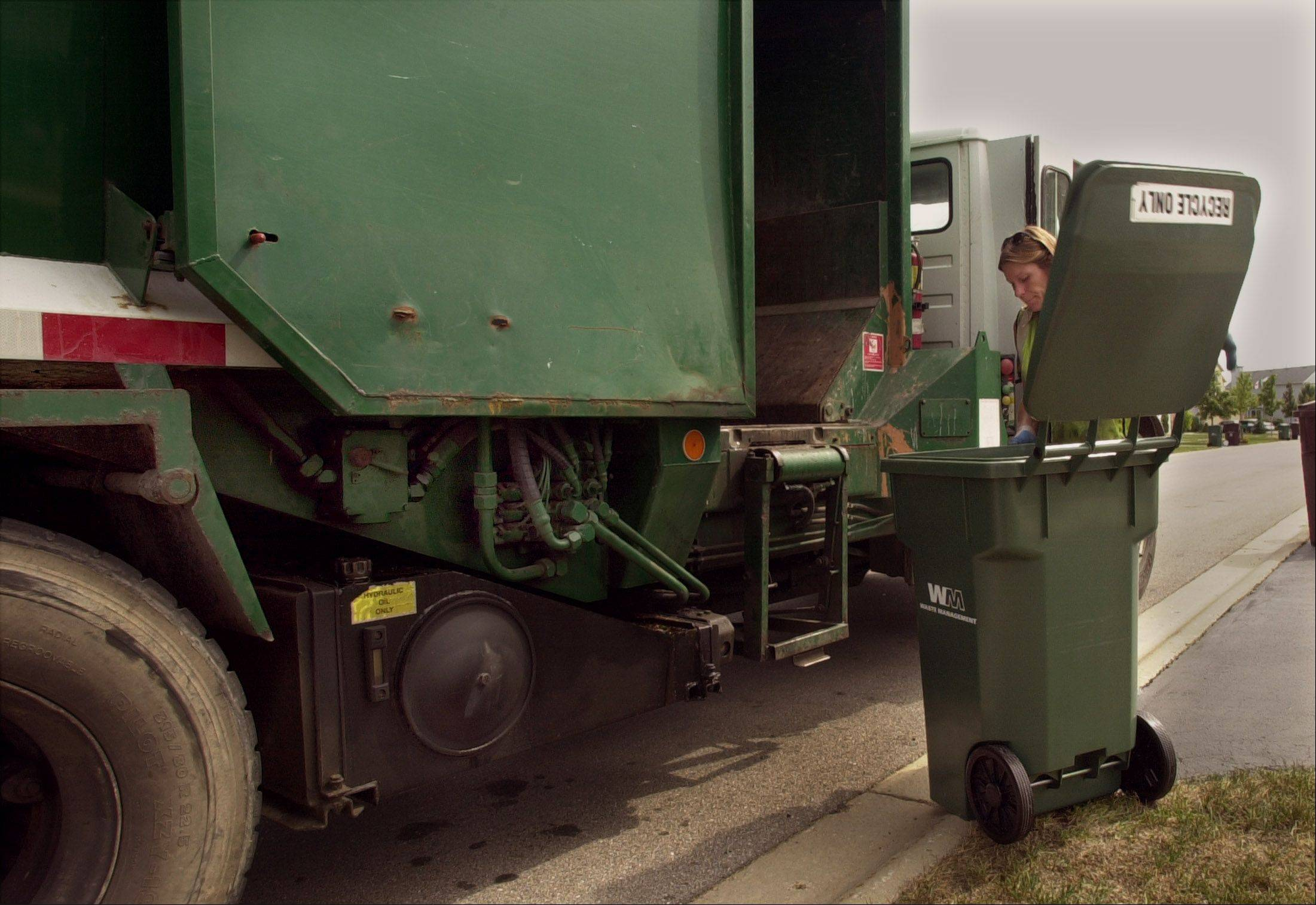 Modifications to the Lake County solid waste and recycling ordinance that take effect Jan. 1 make it mandatory for haulers in the unincorporated area to provide recycling service to those homes that don't now get it.