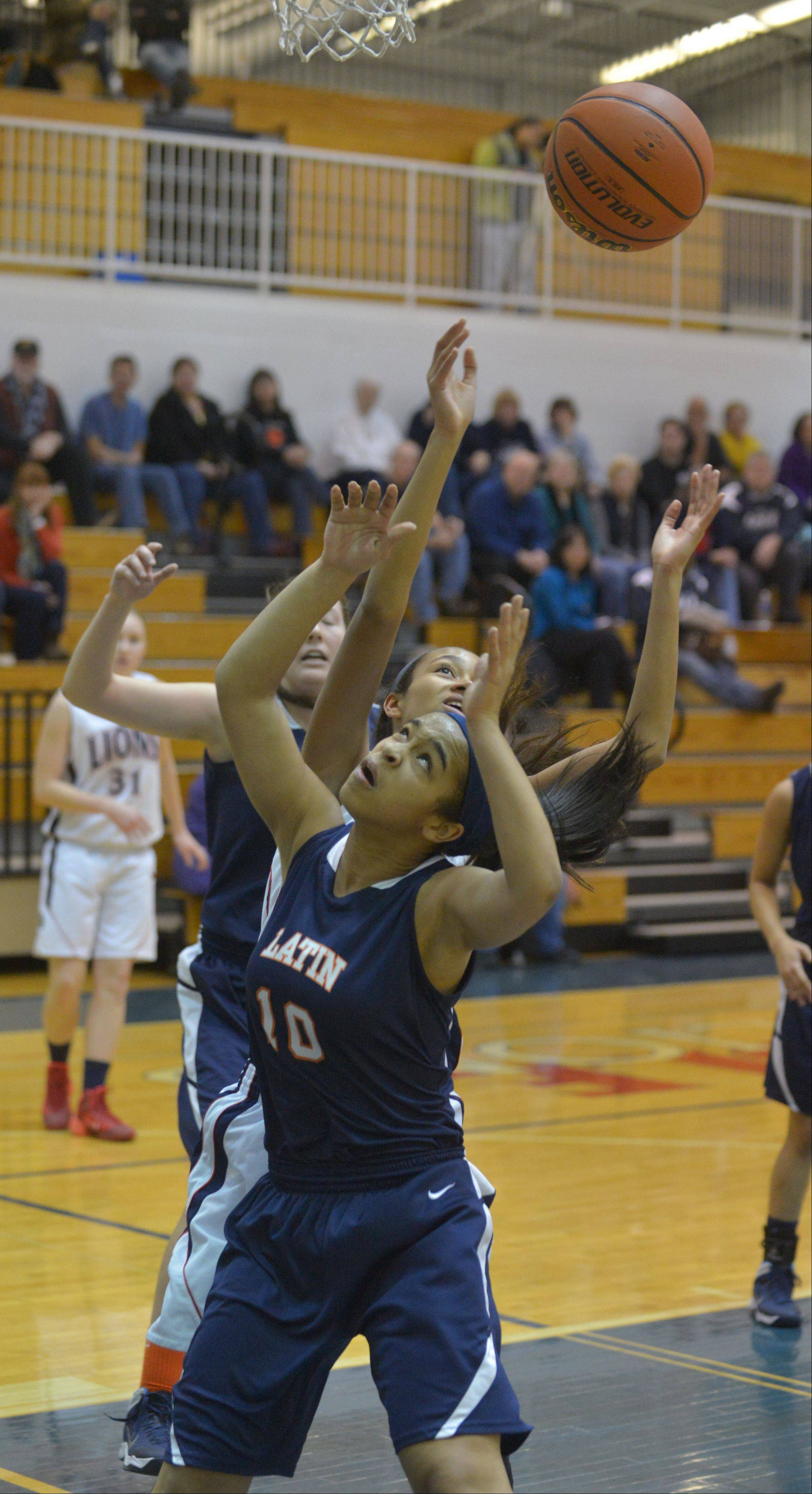 Images from the Lisle vs. Latin School girls basketball game on Thursday, Dec. 26, 2013.