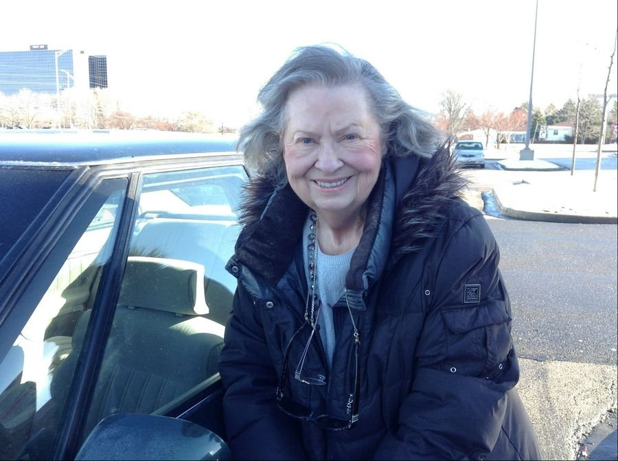 Longtime Dominick's customer Patricia Kolvek, of Hoffman Estates, stopped by the store at Meacham and Higgins roads in Schaumburg to bid farewell to its friendly, helpful employees.