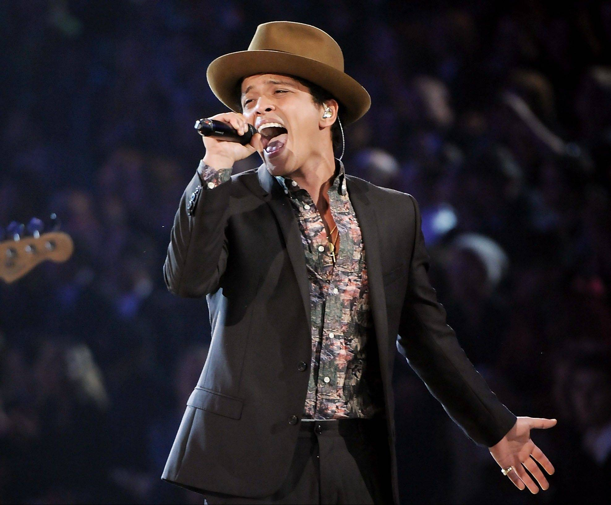 Singer Bruno Mars says he's all set for his Super Bowl halftime performance and he's trying not to worry too much about the cold. The Super Bowl will be played at MetLife Stadium in New Jersey on Feb 2.