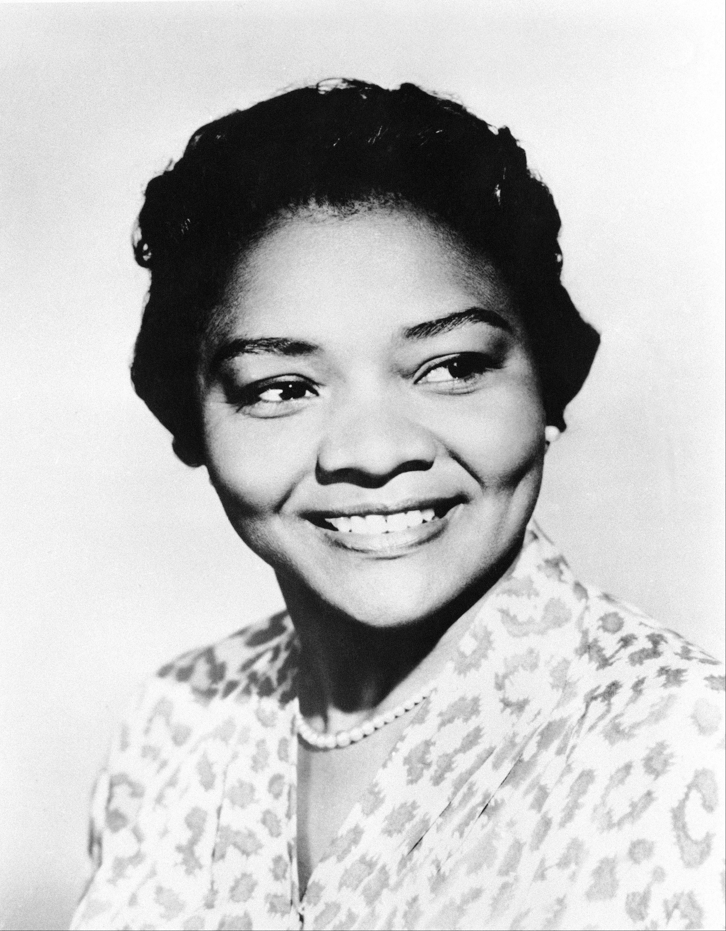 "Juanita Moore, a groundbreaking actress and an Academy Award nominee for her role as Lana Turner's black friend in the classic weeper ""Imitation of Life."""
