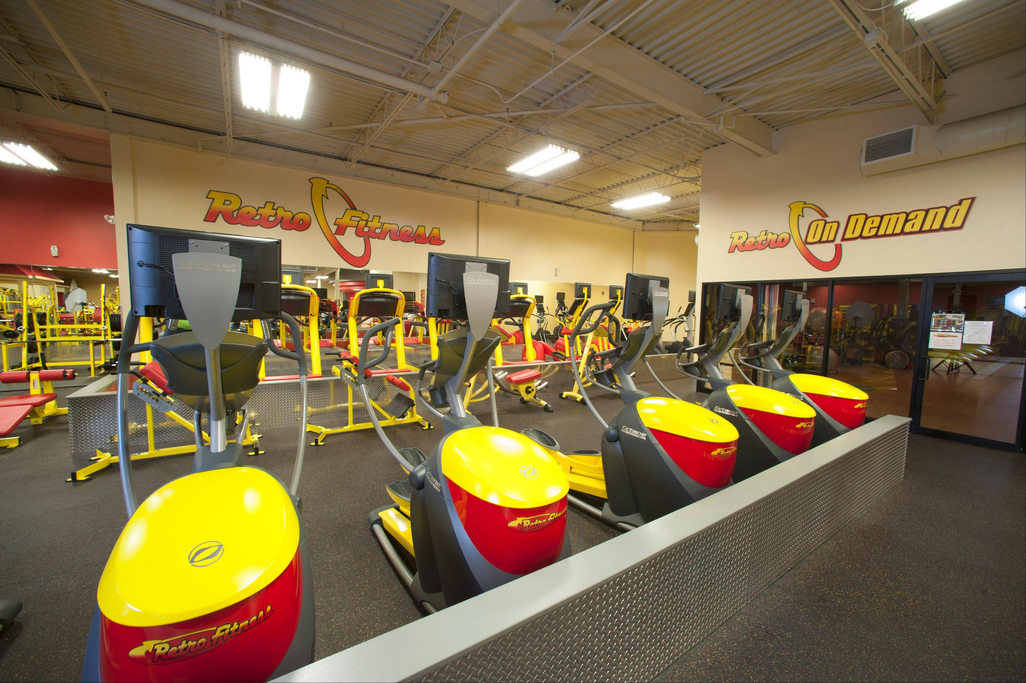 Retro Fitness, a chain of gyms founded in 2006 in the northeast part of the country, is opening its first Illinois location Jan. 15 in Carol Stream.
