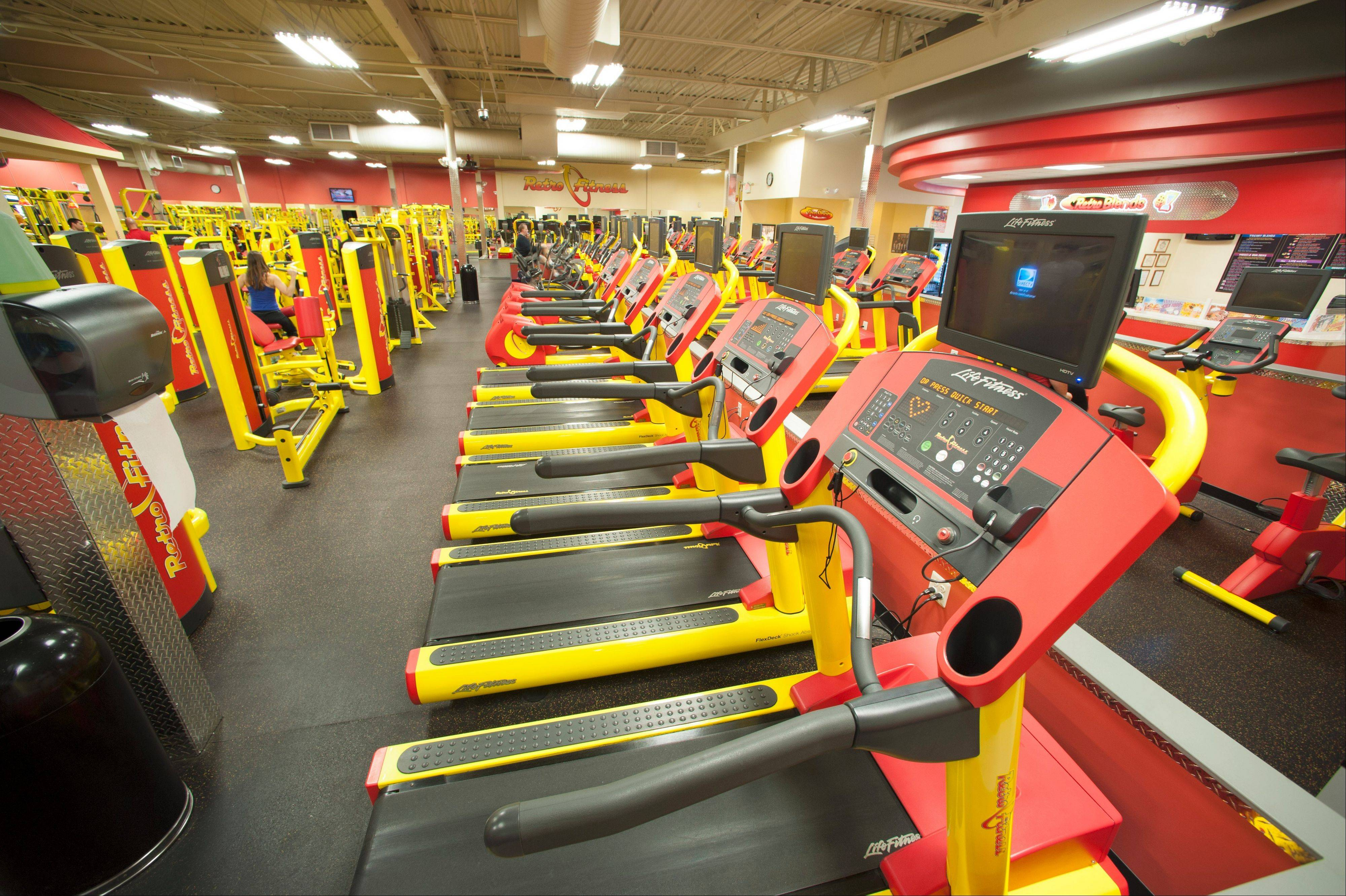 The Retro Fitness facility in Carol Stream will cover roughly 10,500 square feet.
