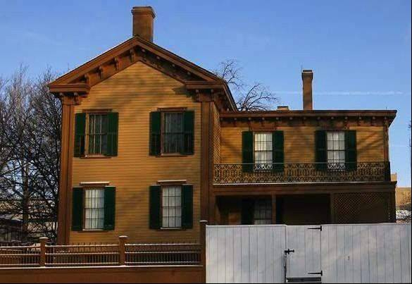It�s been more than 25 years since workers renovating Abraham Lincoln�s home found a letter fragment in a mouse�s nest inside a wall.But researchers think they�ve finally identified the author of the mystery letter as newspaper editor Andrew Johnston.