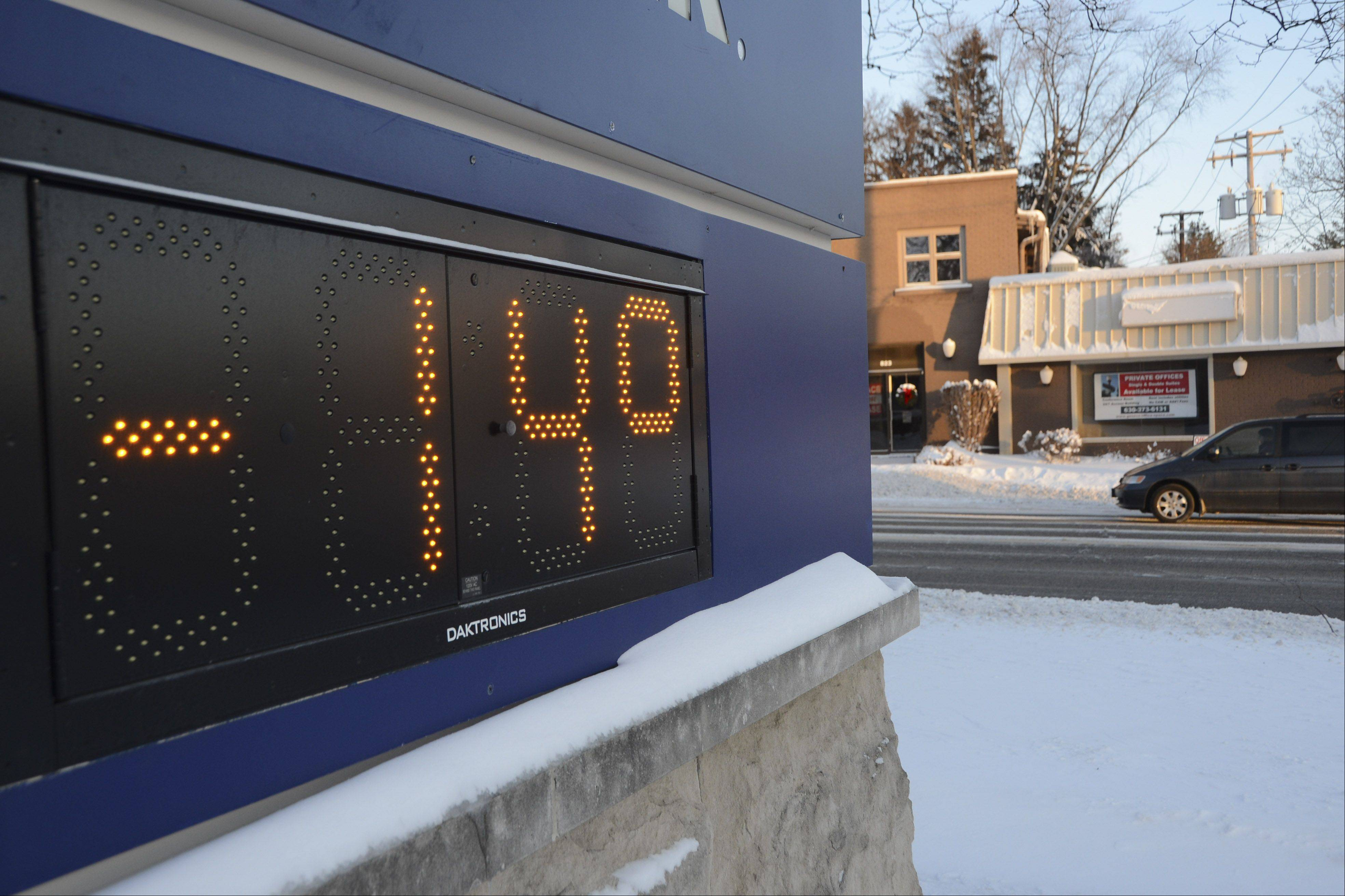 At 7:45 a.m. the temperature had dipped to -14 degrees in Geneva on Monday morning. The windchill was reported to be -40 degrees.