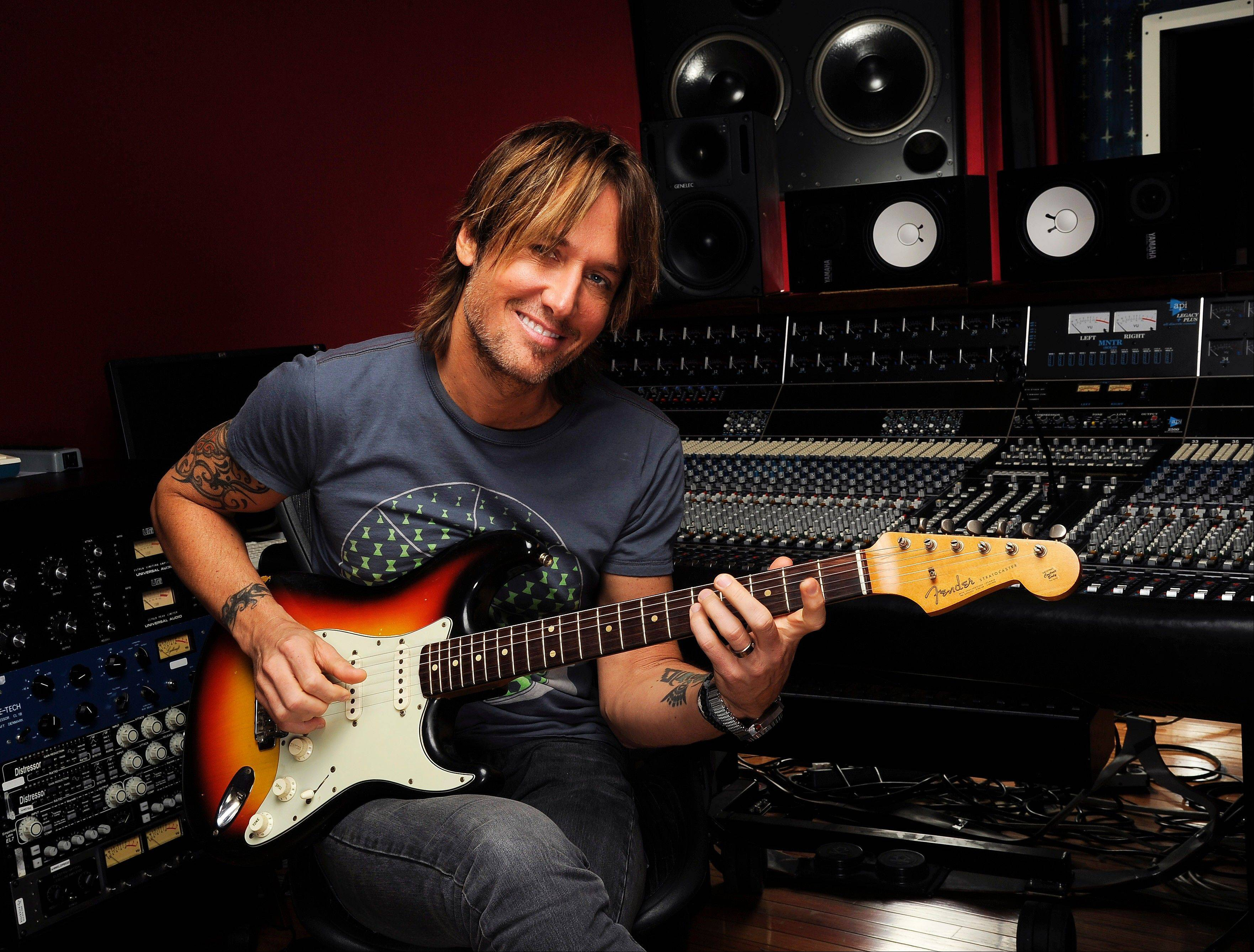 Keith Urban brings his Light the Fuse Tour to the United Center Friday.