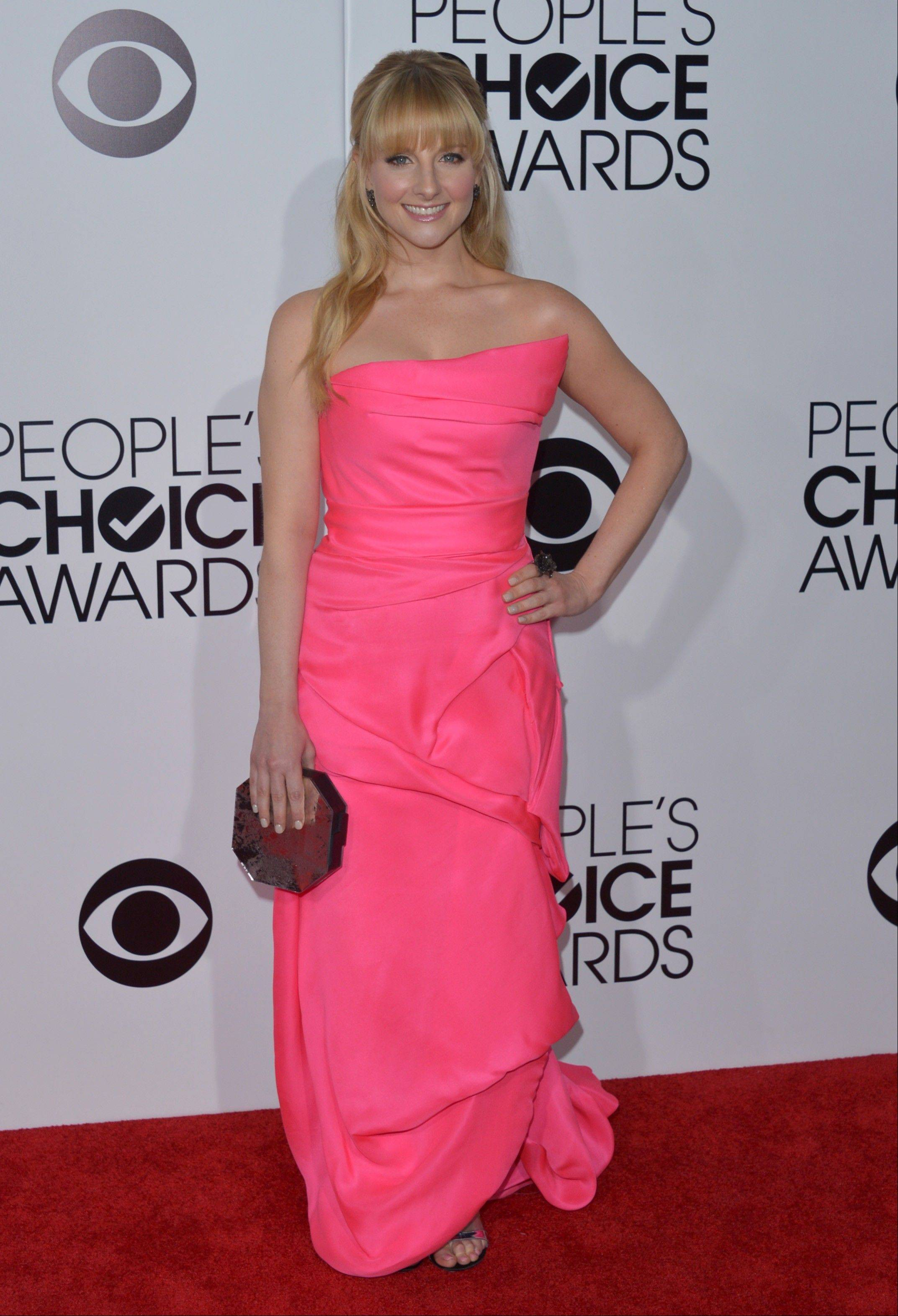 "Melissa Rauch of ""The Big Bang Theory"" arrives at the 40th annual People's Choice Awards."