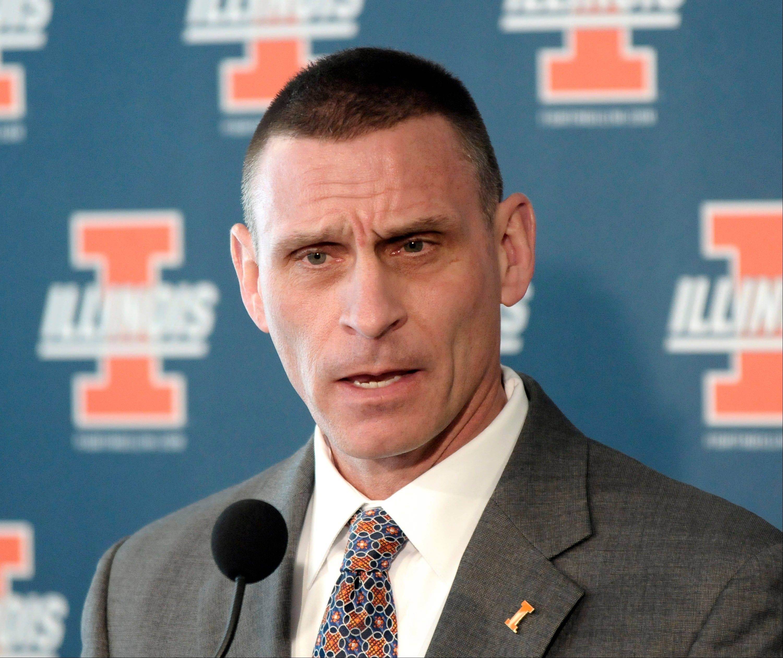 Illinois athletic director Mike Thomas