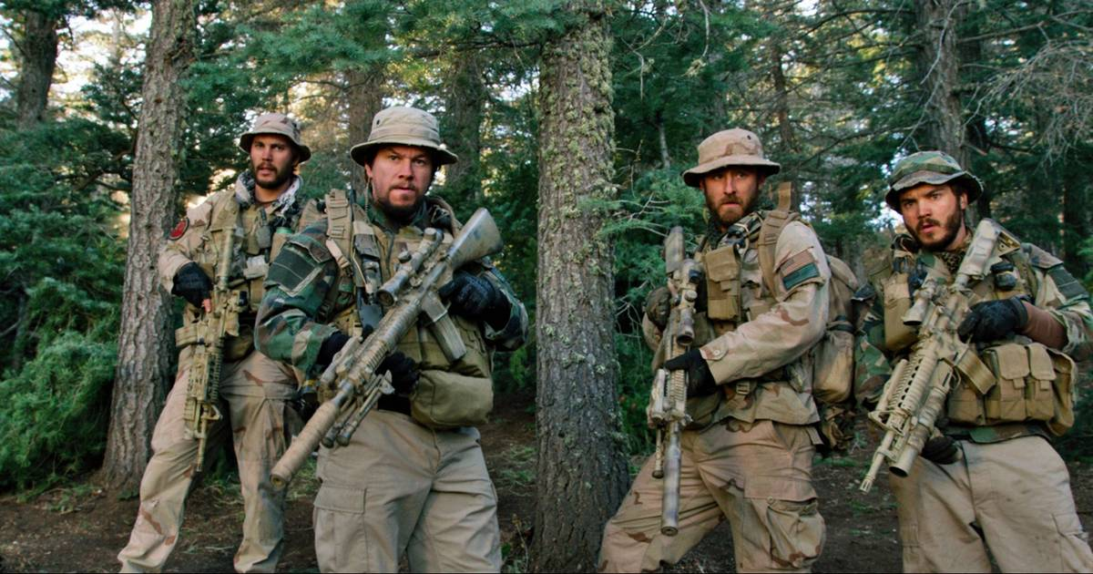 Lone Survivor  a brutal tribute to Navy SEALs 456dcf820fc