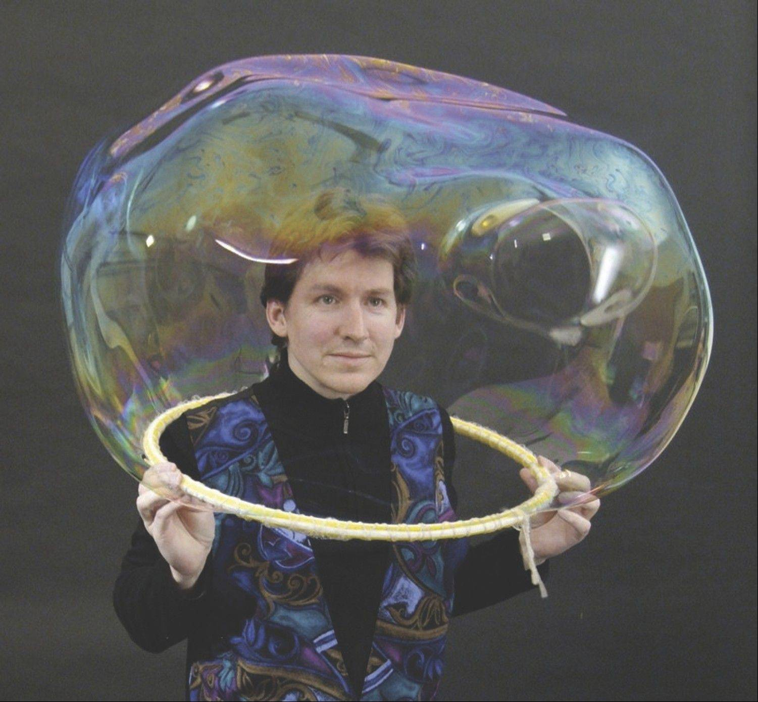 "Geoff Akins brings his ""Bubble Wonders"" show to the Metropolis Performing Arts Centre in Arlington Heights."