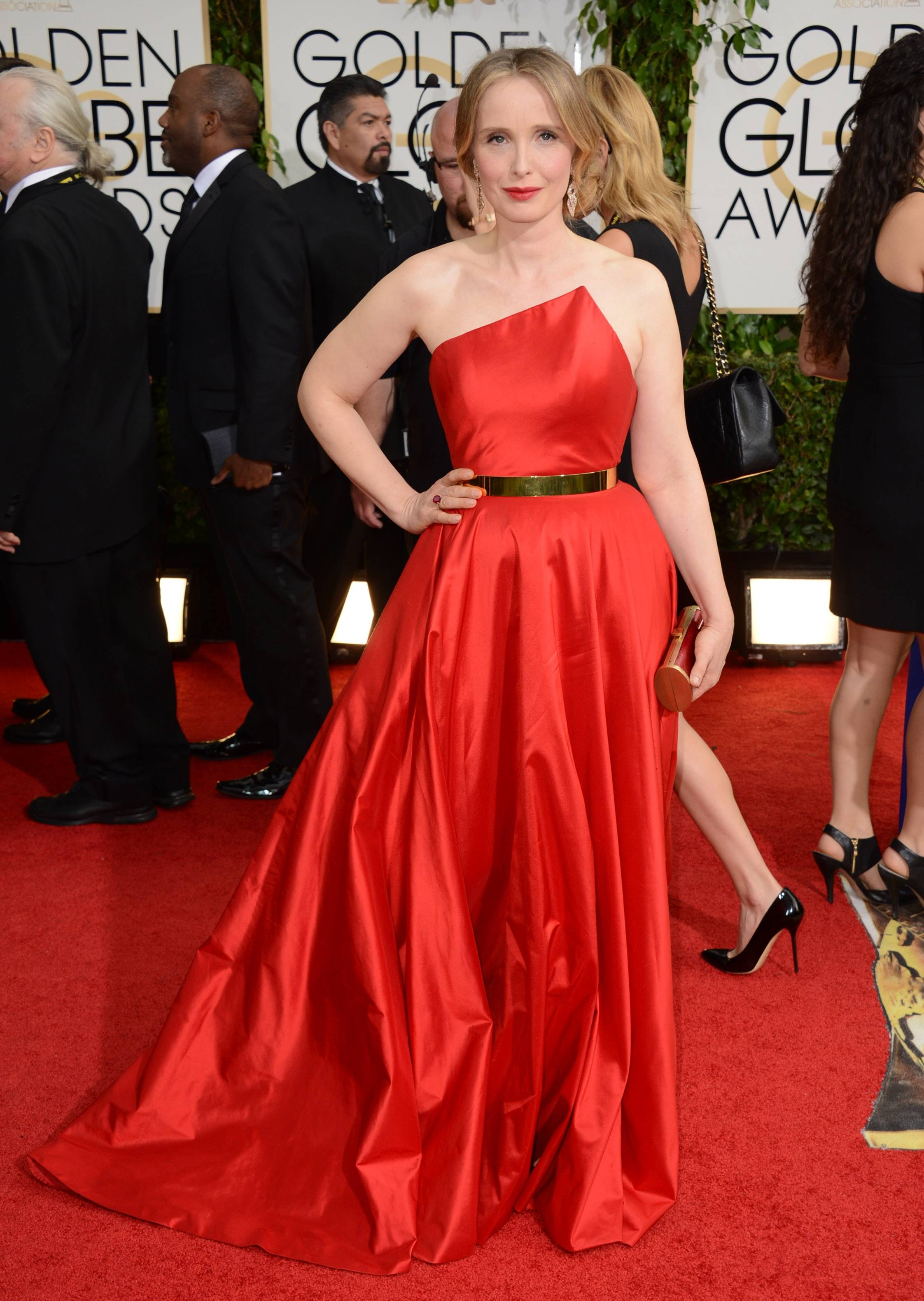 """Before Midnight"" star Julie Delpy opts for an asymmetrical red gown on Golden Globes night."